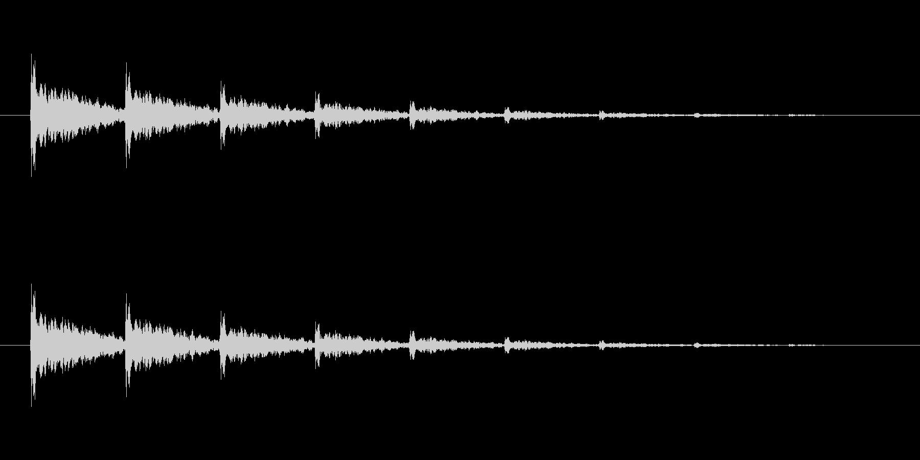 【アクセント11-3】の未再生の波形