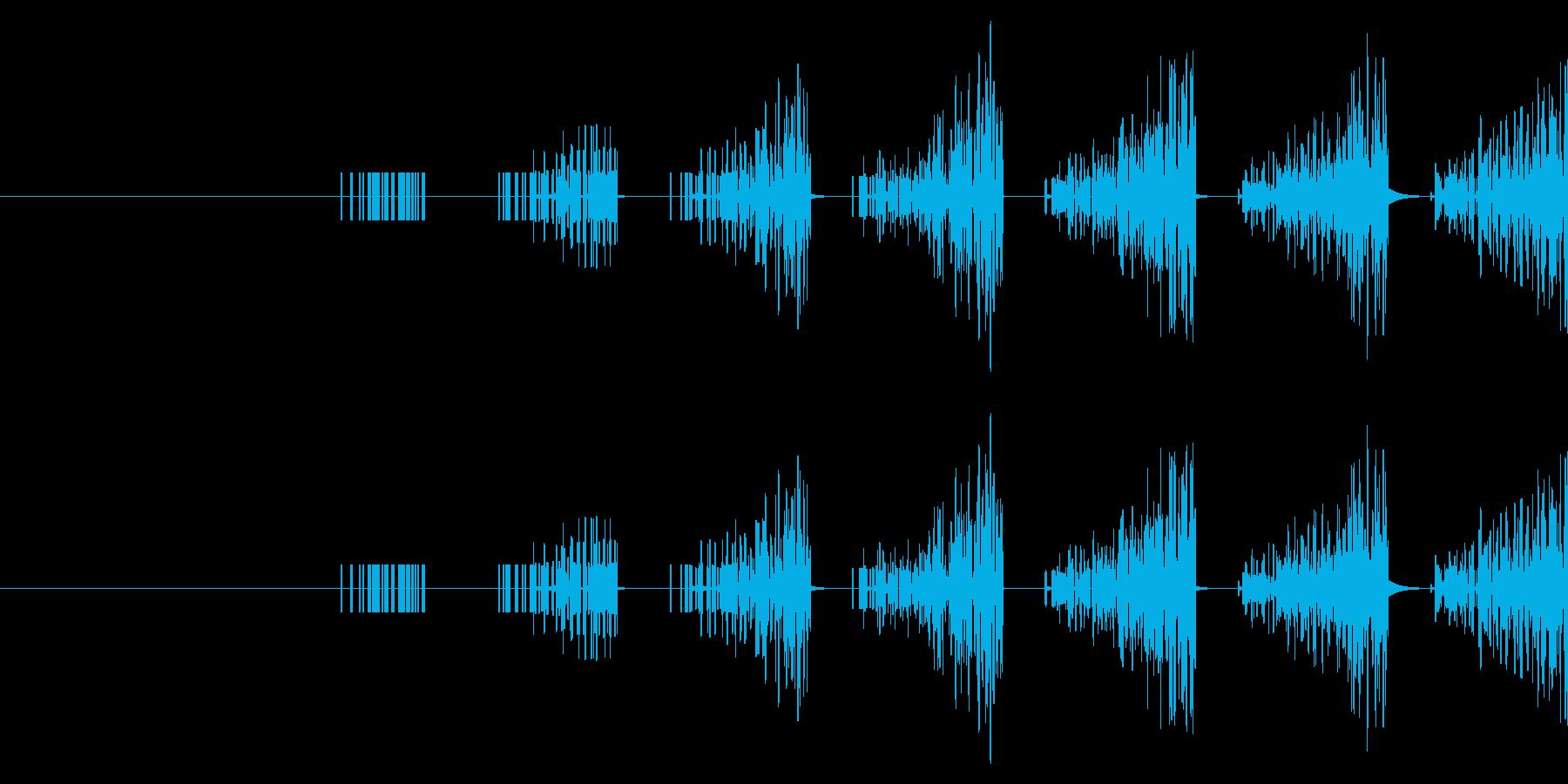 ザザザザザッ(ゲーム系の逃走音)の再生済みの波形