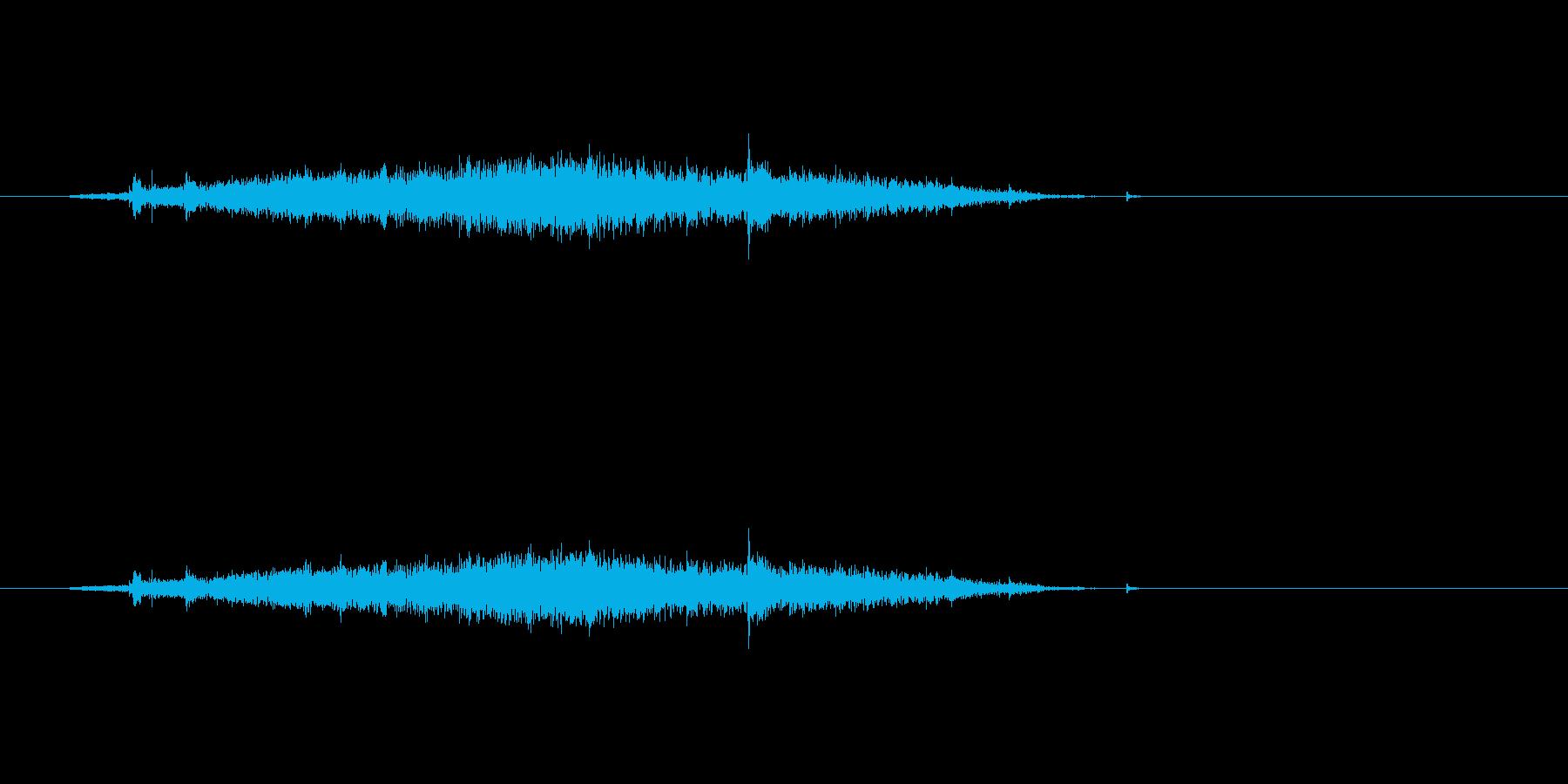 【カーテン01-4】の再生済みの波形
