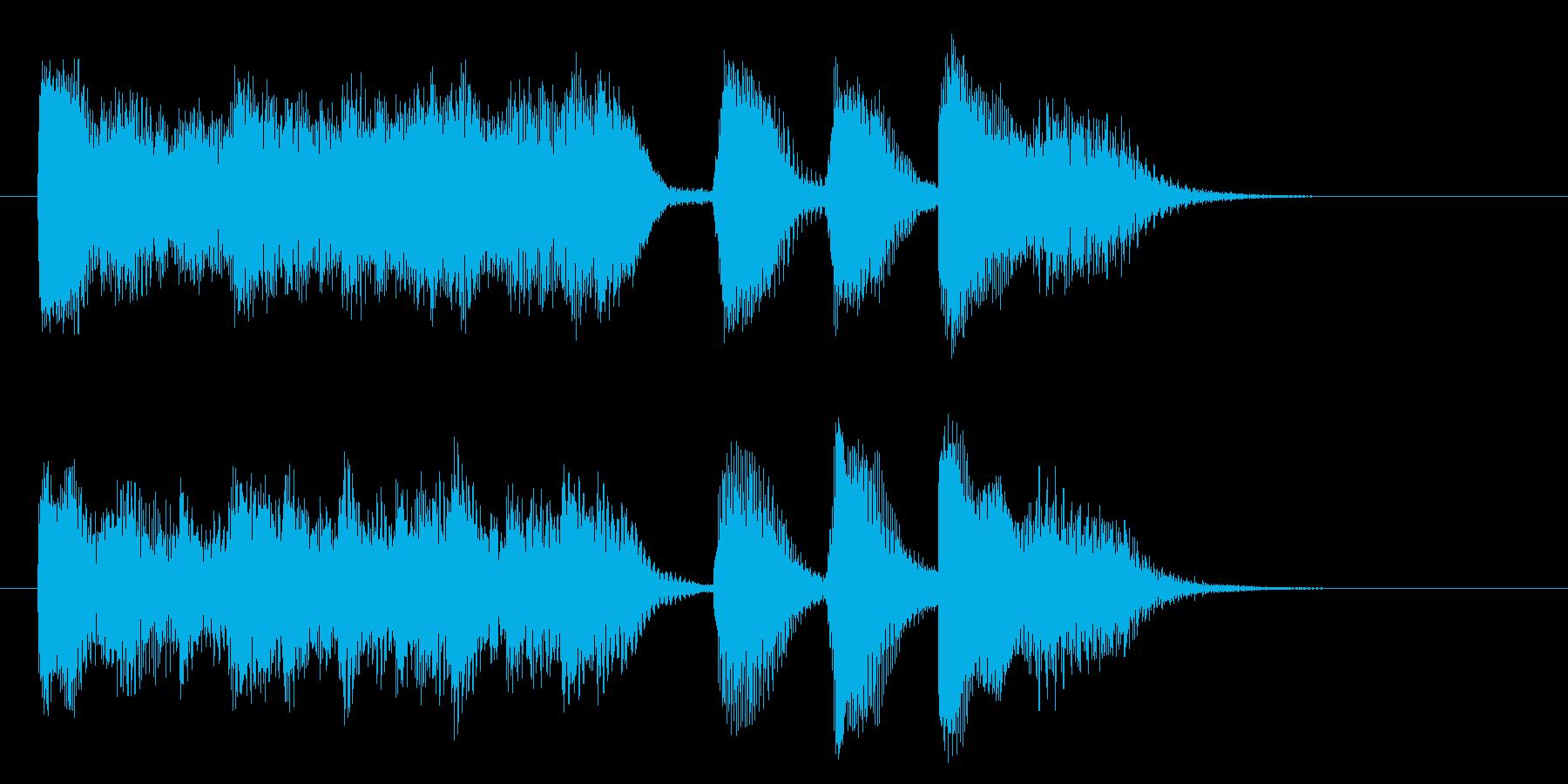 はげしいピアノの5秒ジングルの再生済みの波形