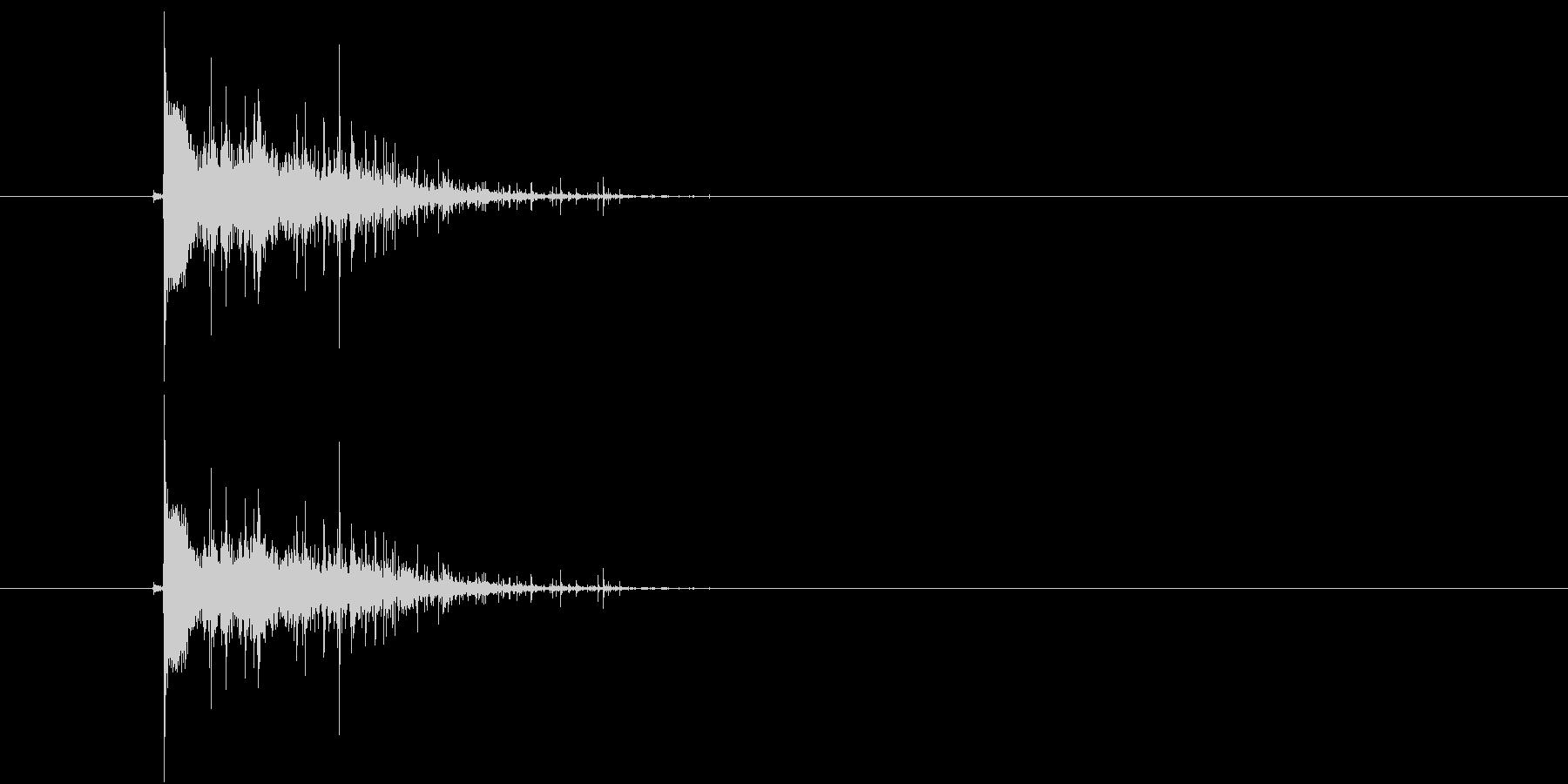 ドスン(着地音)の未再生の波形