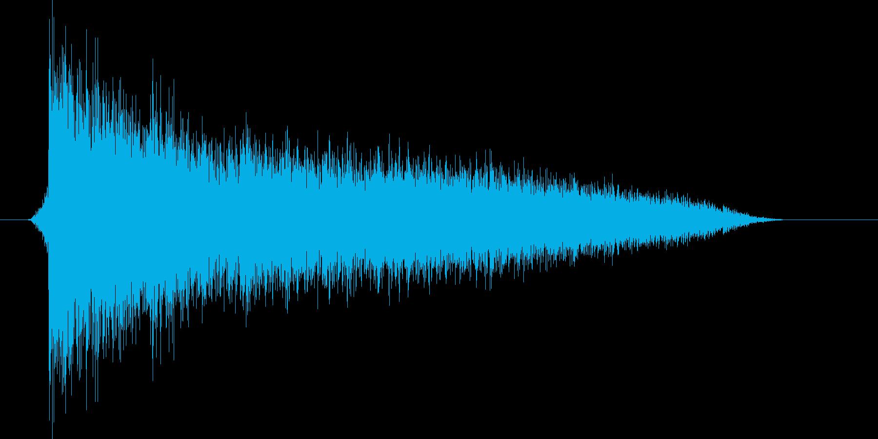 ゲーム(ファミコン風)爆発音_039の再生済みの波形