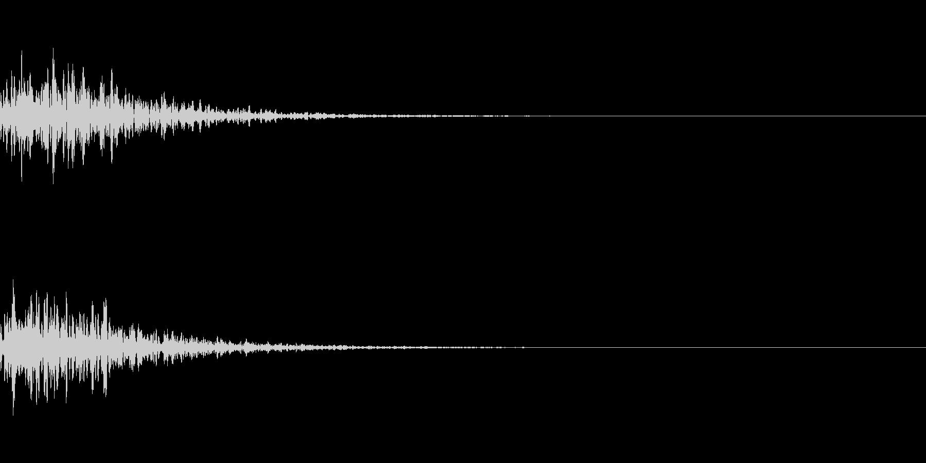リパーブのかかったポン:楽曲のアクセントの未再生の波形