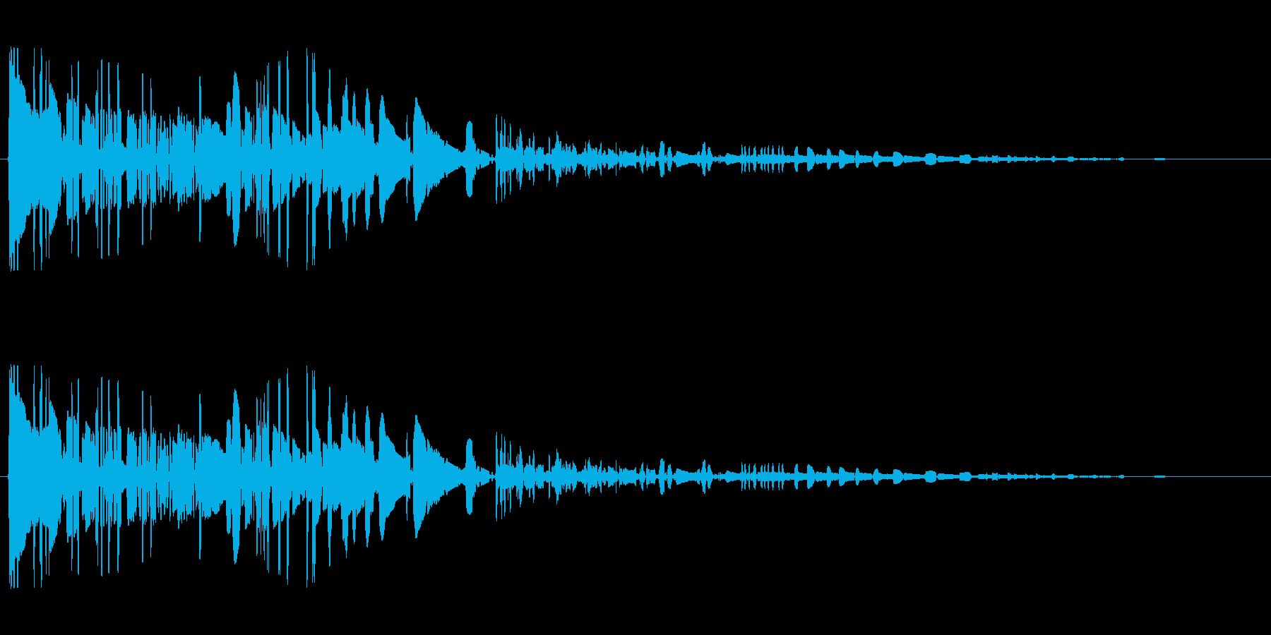 ドサッ(落下や倒れる衝撃音)05の再生済みの波形
