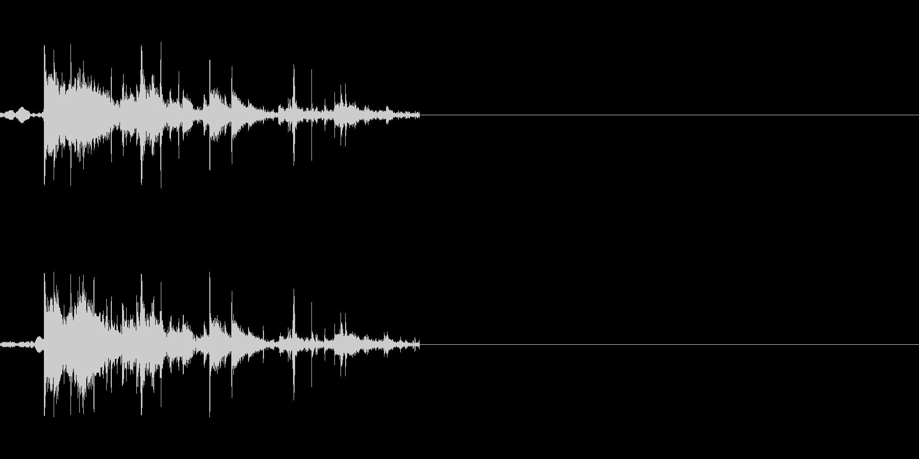 物が割れる音の未再生の波形