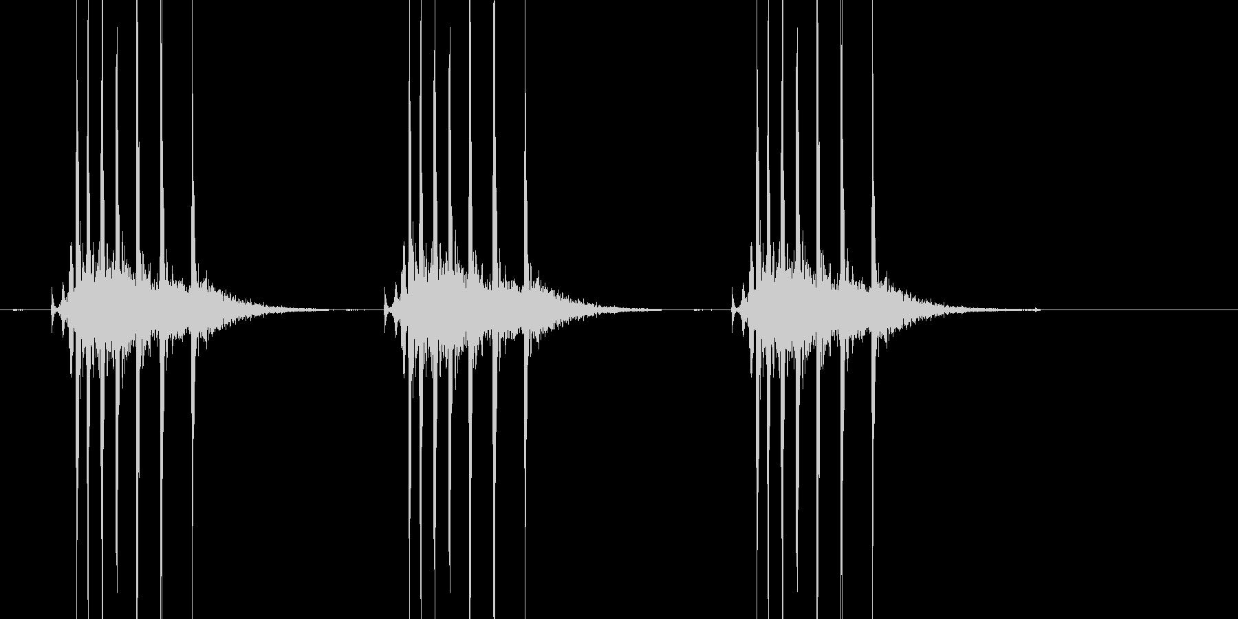 キリキリッ×3(ぜんまい、巻く、3回)の未再生の波形