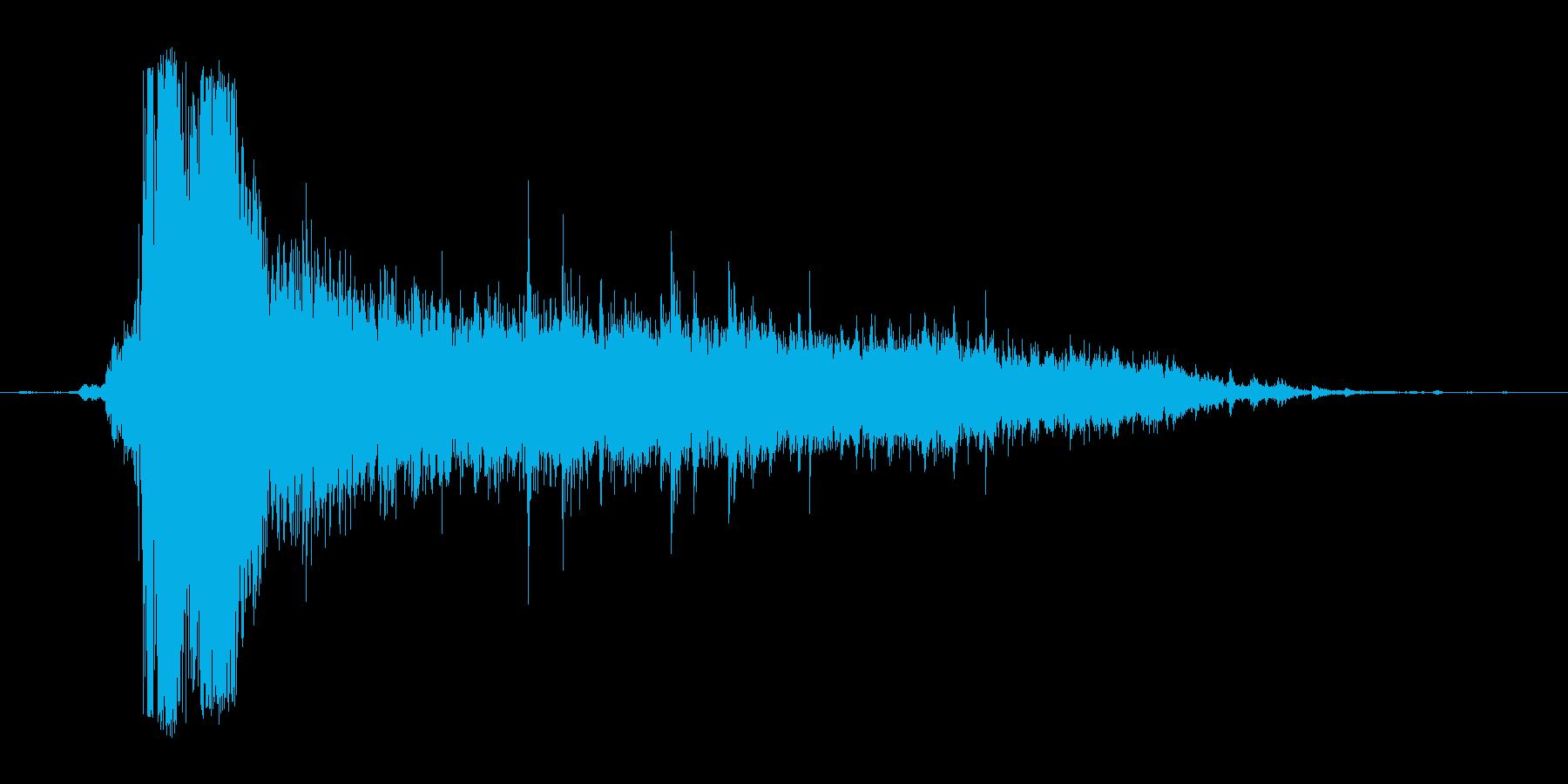 ザーァァァ。トイレの水を流す音(大)の再生済みの波形