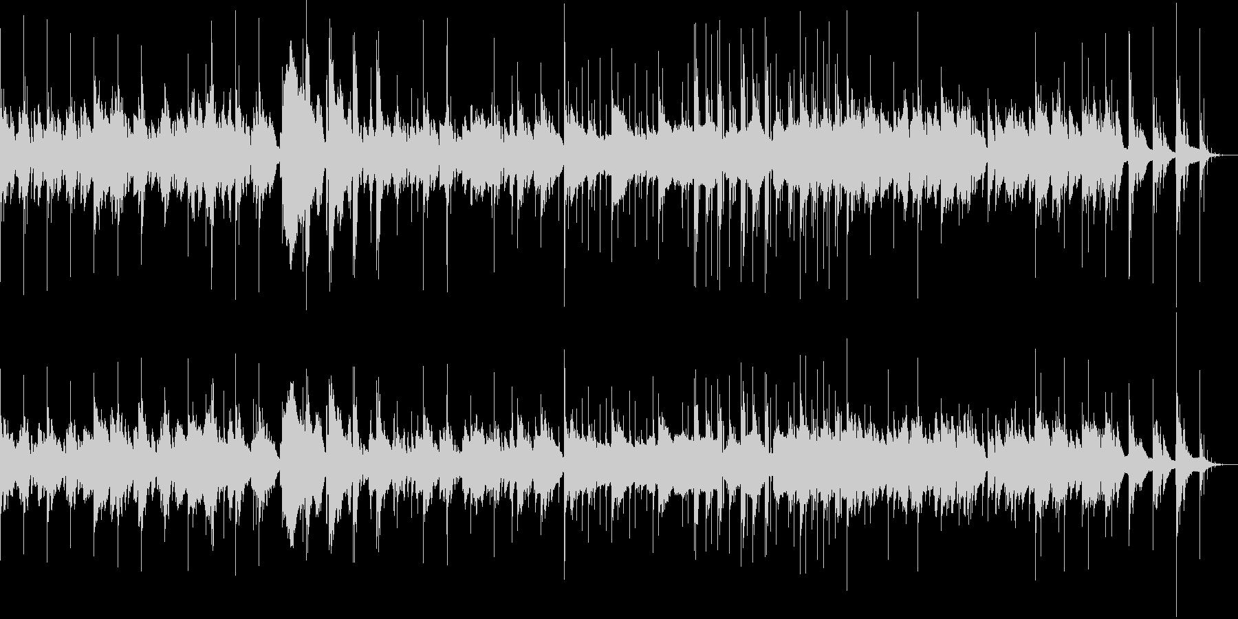 ノイジーなピアノと電子音の未再生の波形