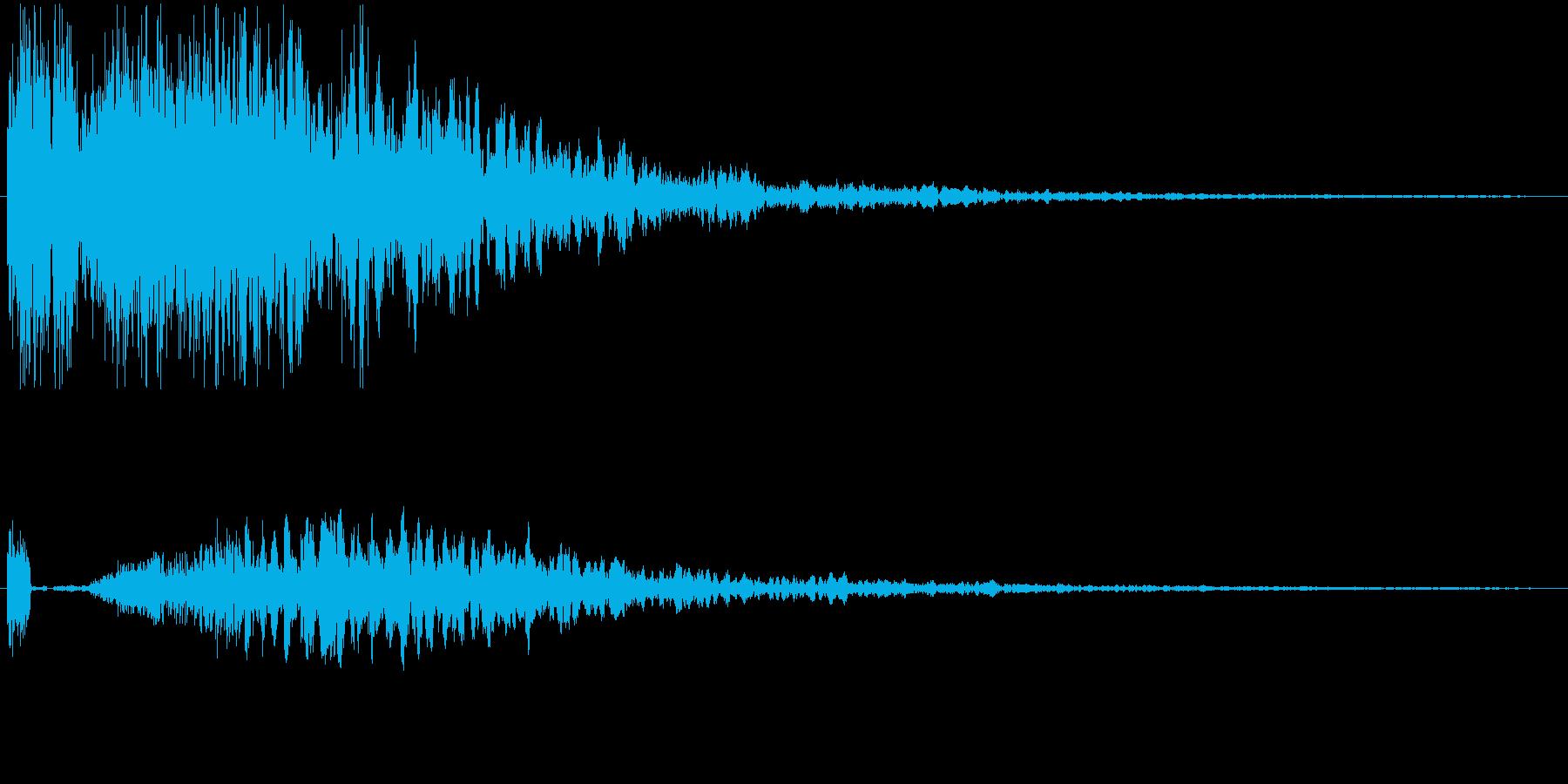 効果音。カキーン音01(剣の音)の再生済みの波形