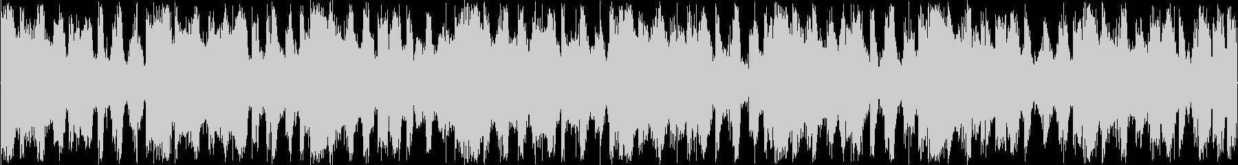 ハウスのリズムを強調した楽曲です。の未再生の波形