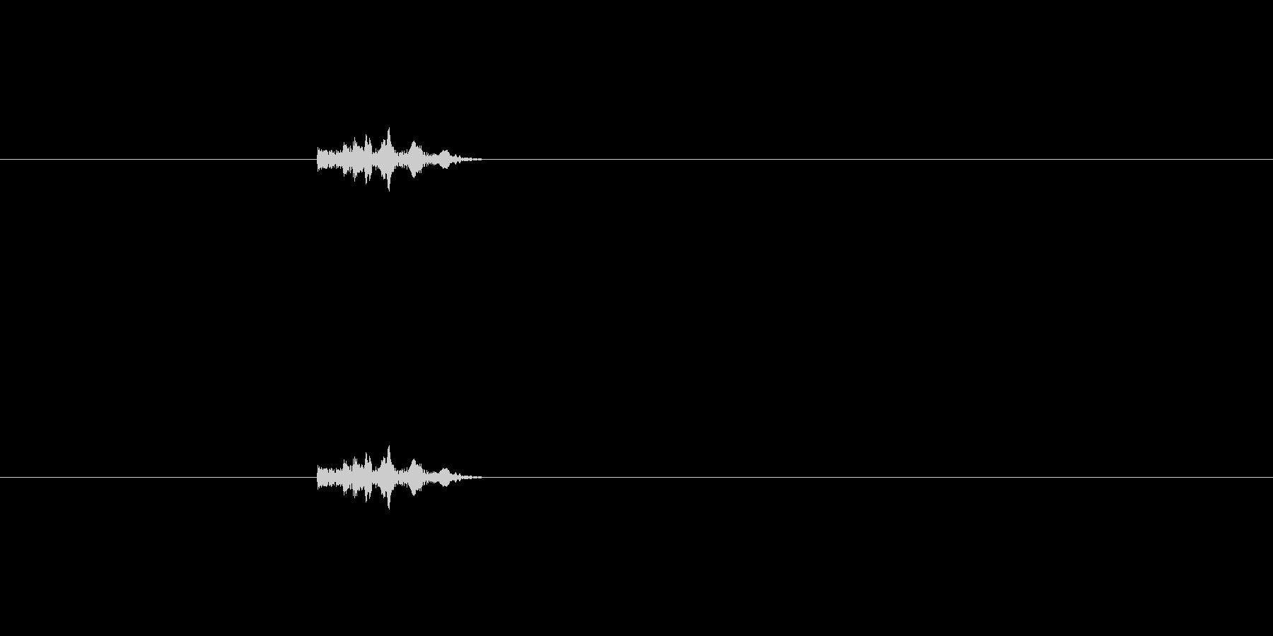 キュッ(水道の蛇口を閉める音)の未再生の波形