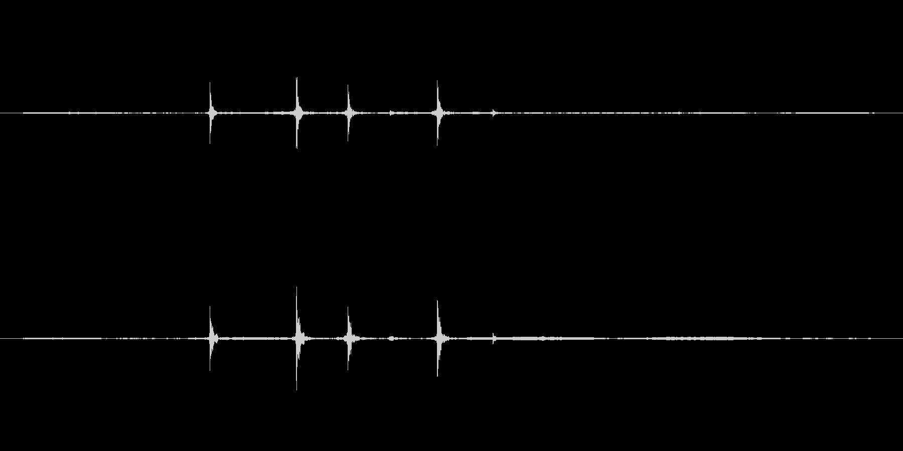 PCのマウスをダブルクリックした音ですの未再生の波形