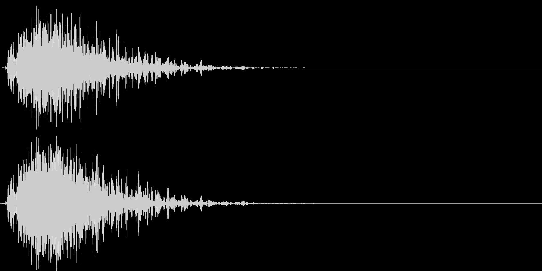 ドカーンバラバラ (爆発して壊れる音)の未再生の波形