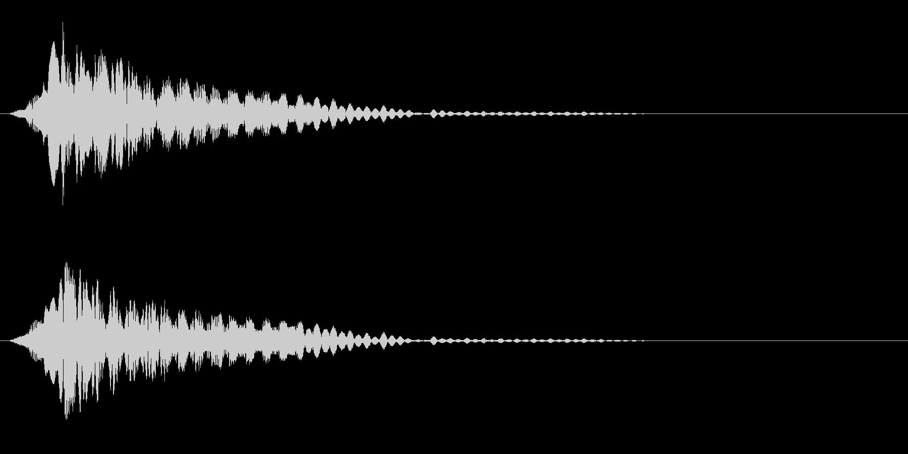 電子系 何かを開ける音の未再生の波形