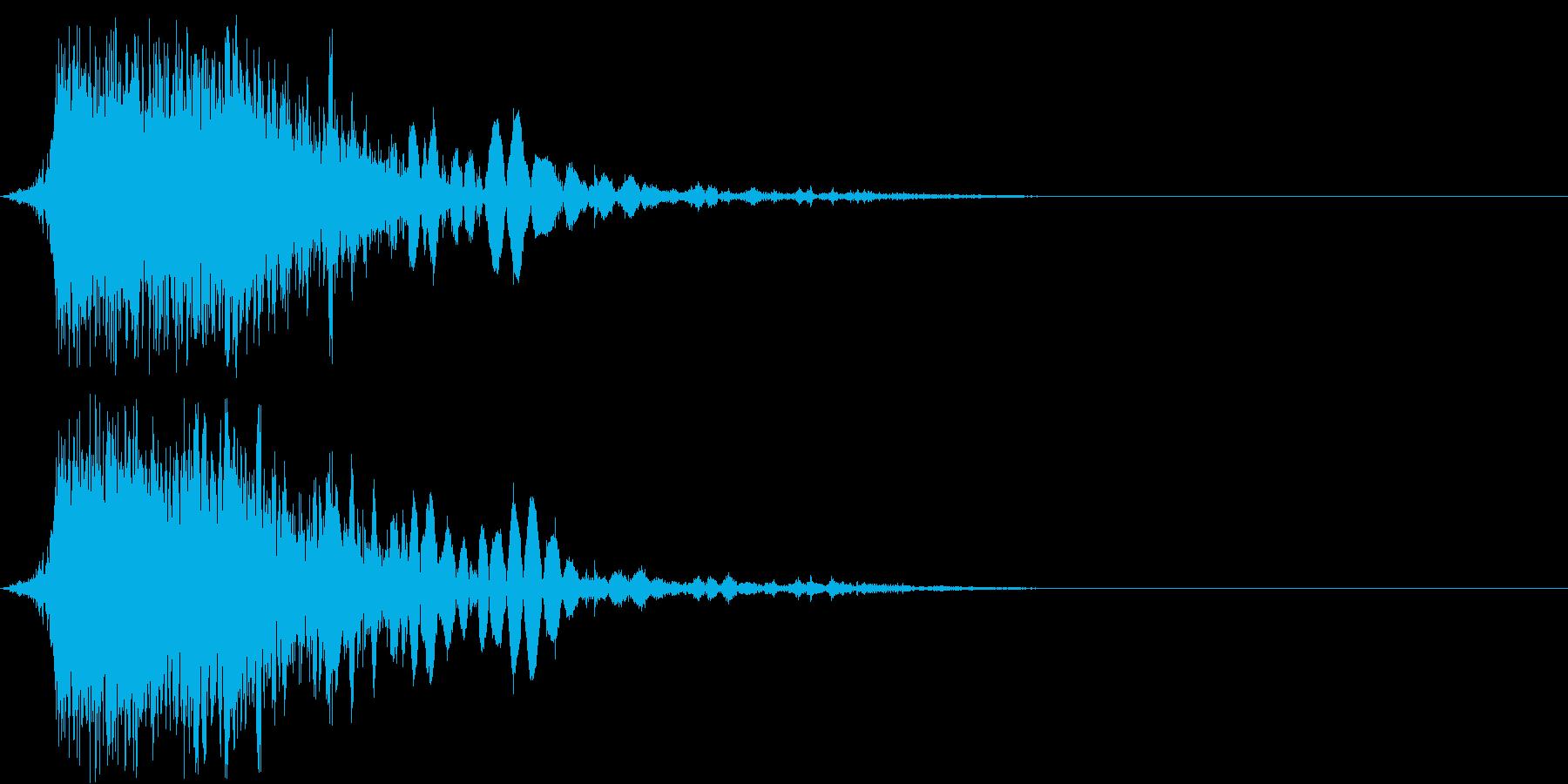 斬撃音(刀や剣で斬る/刺す効果音)06の再生済みの波形
