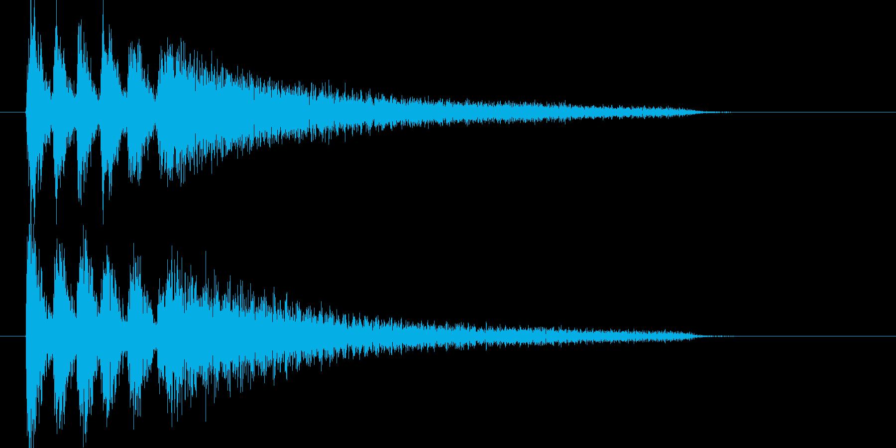 ピアノを激しく叩く音の再生済みの波形