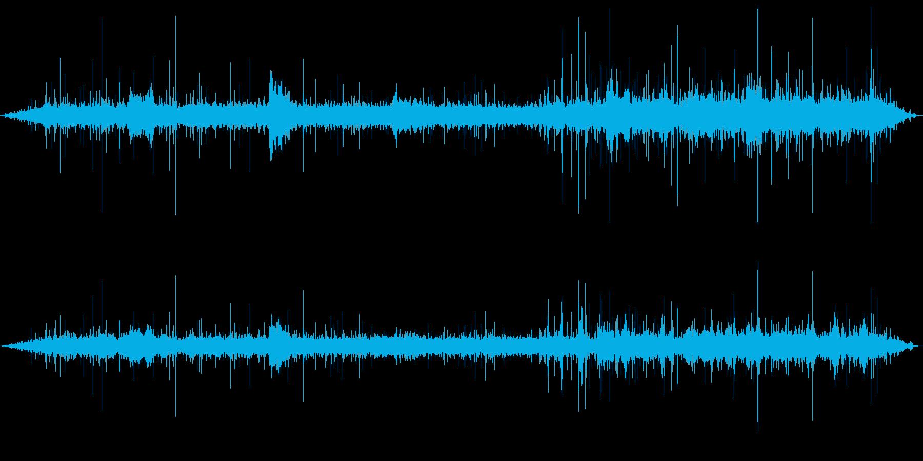 水の音と鳥の鳴き声(ヒーリング音)の再生済みの波形