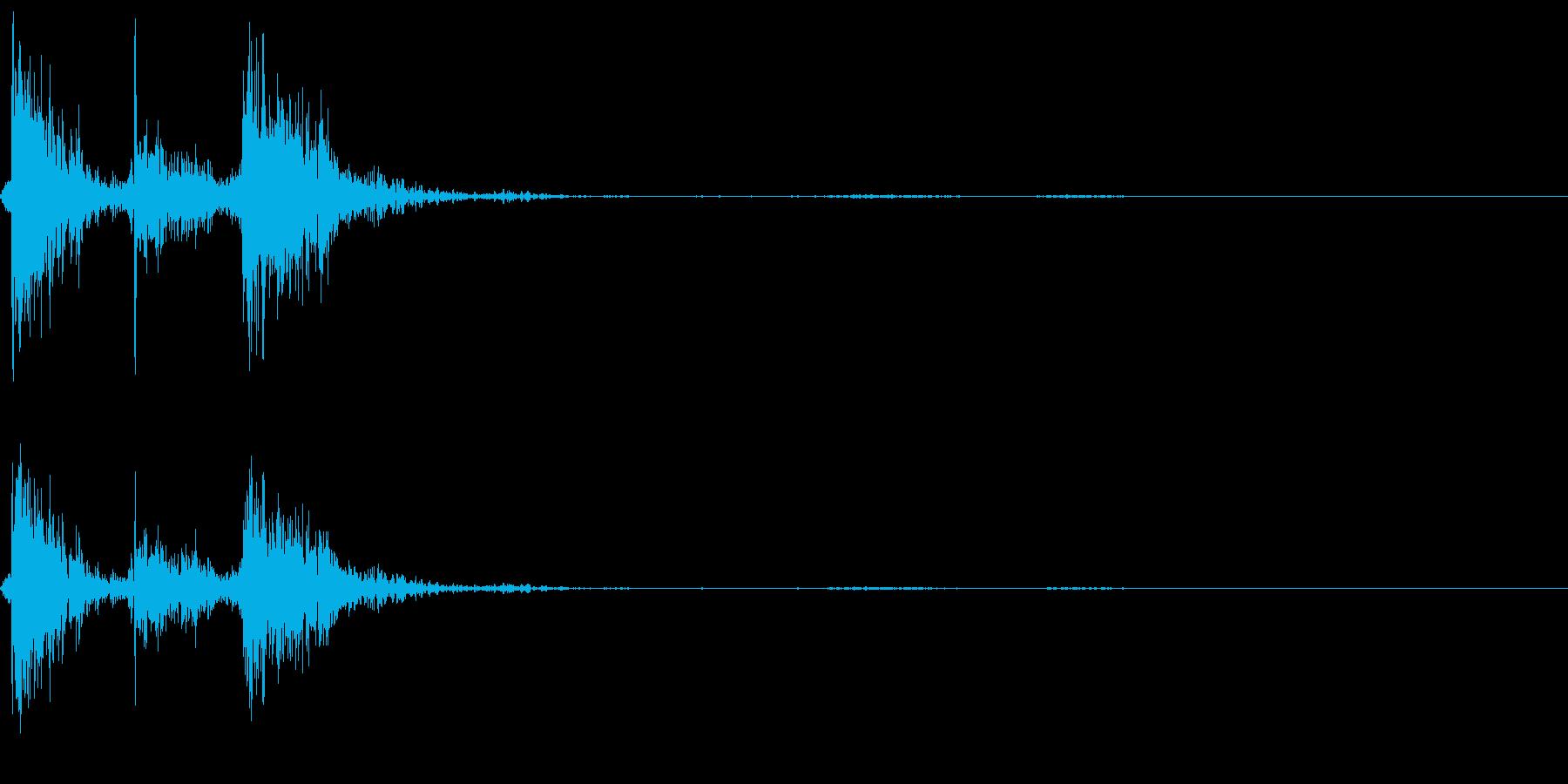 公衆電話の受話器を置く音の再生済みの波形