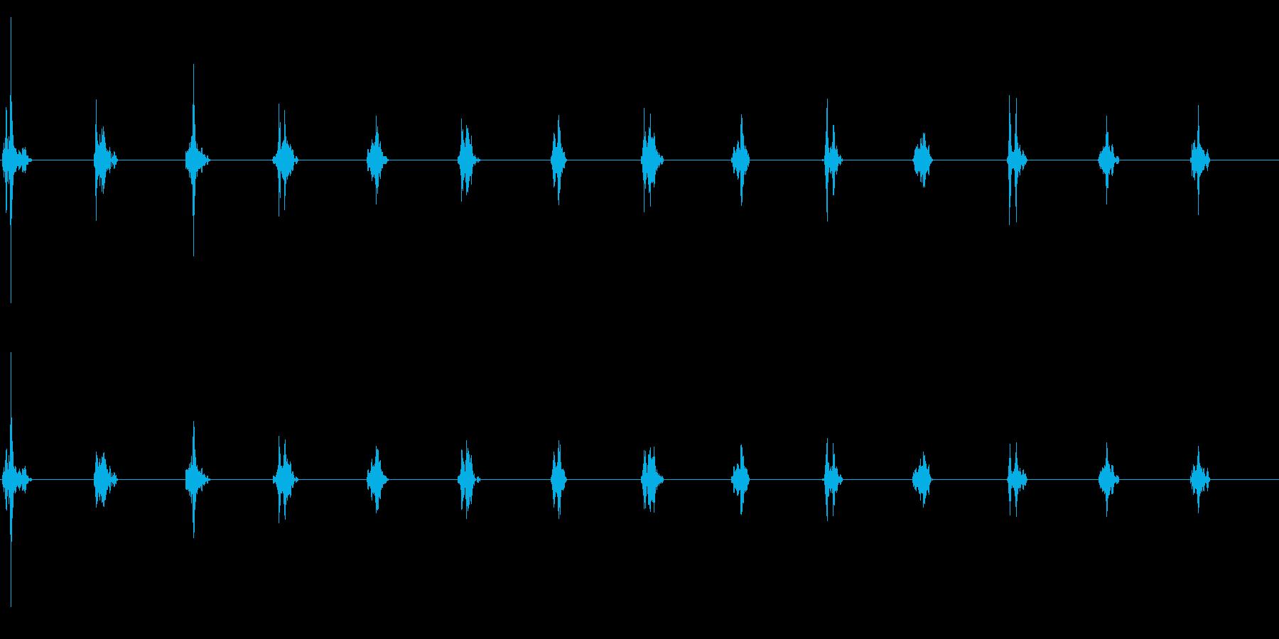 時計の針がカチカチ(木製時計)の再生済みの波形