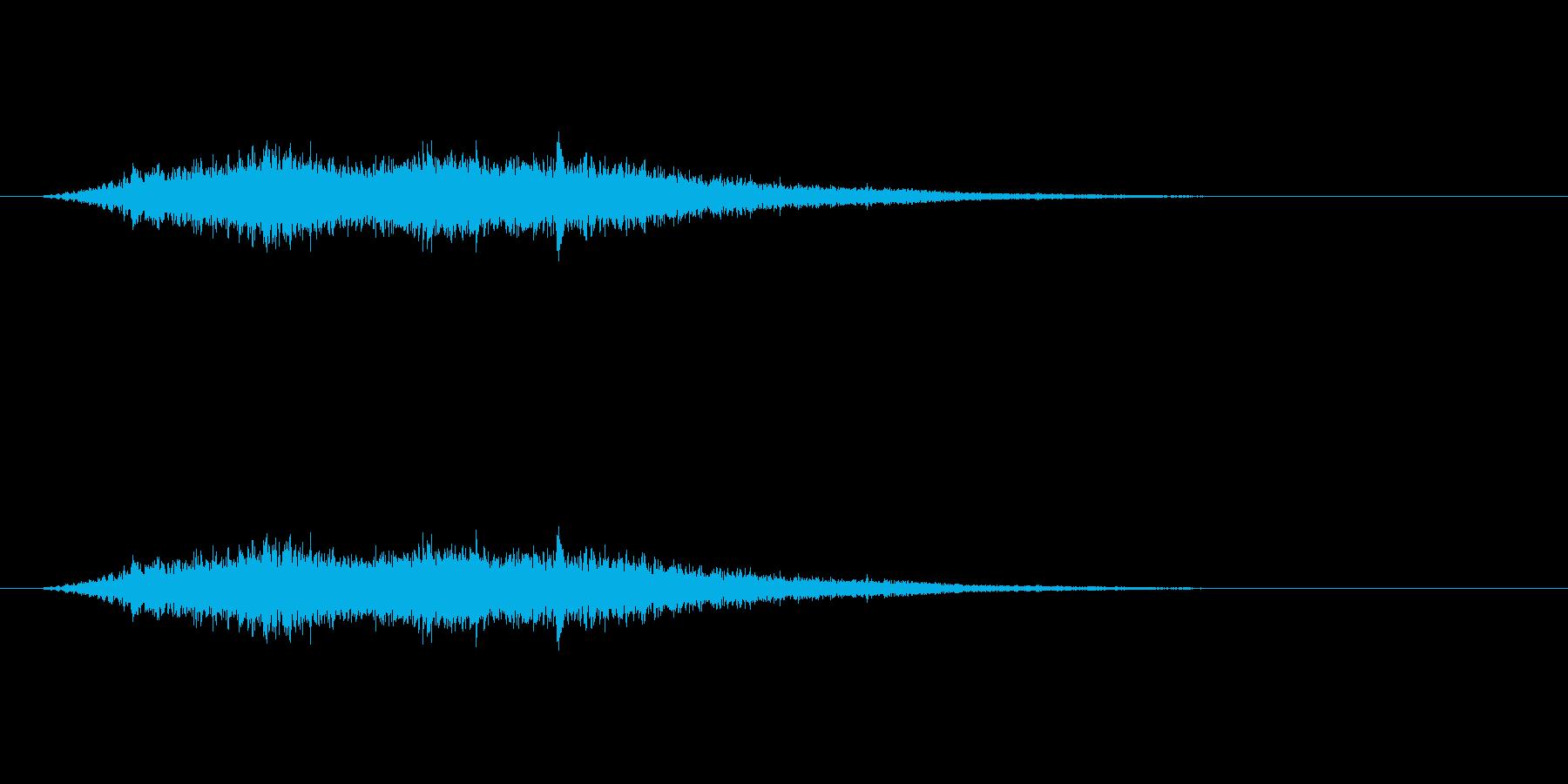 【風 合成01-3】の再生済みの波形
