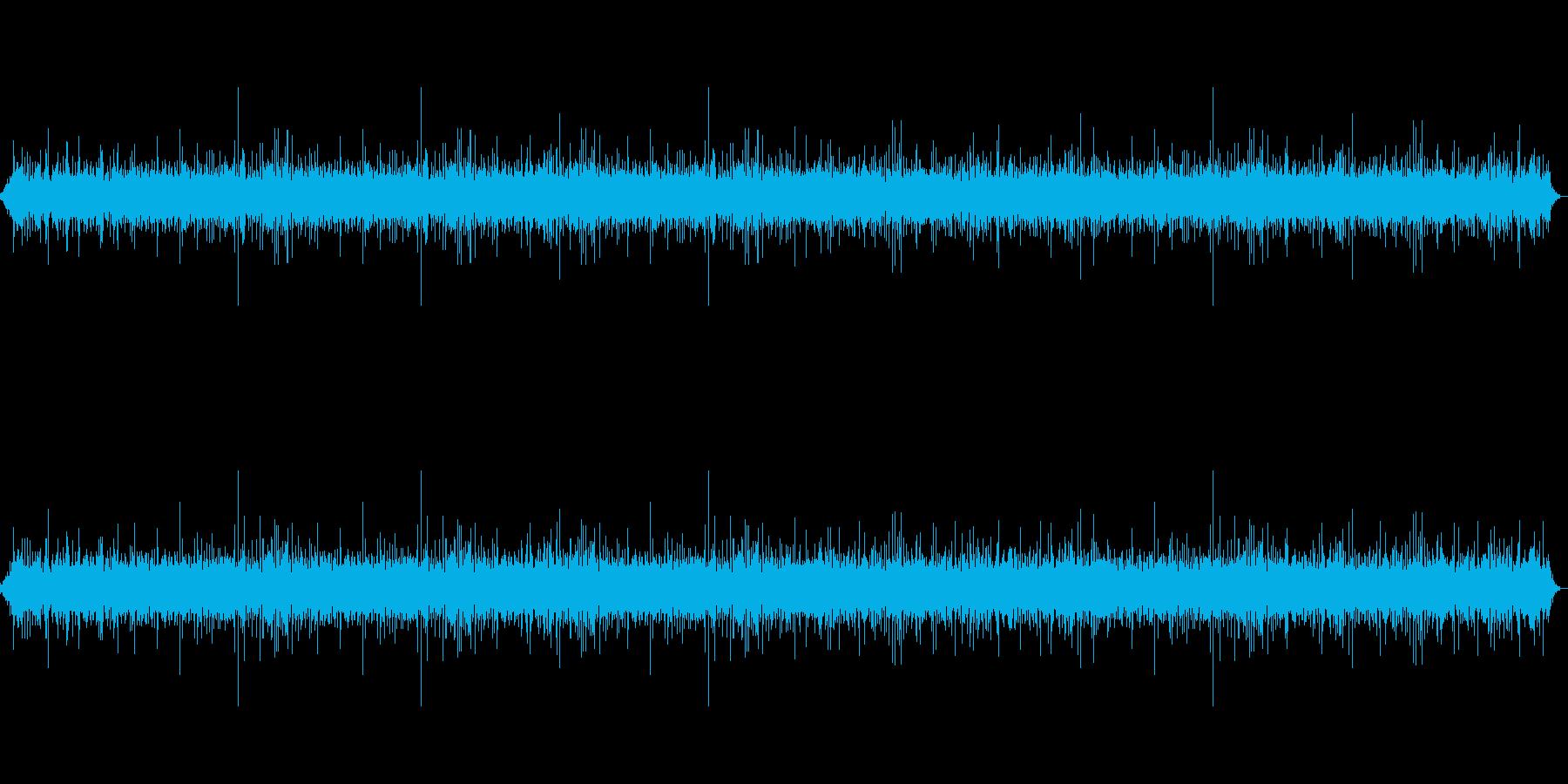 ゆるやかな川の音(サラサラ)の再生済みの波形