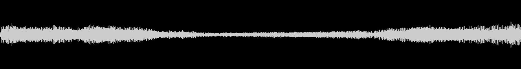 ブーン(虫の羽音です)の未再生の波形