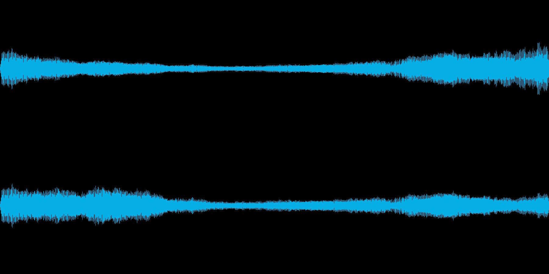 ブーン(虫の羽音です)の再生済みの波形