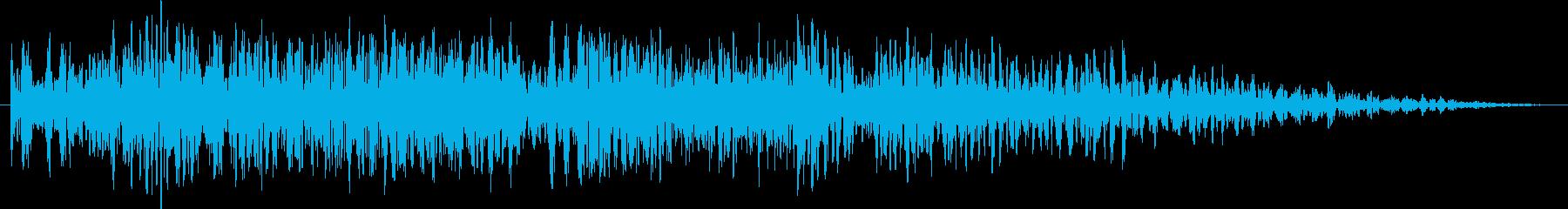 爆発(遠距離で炸裂)の再生済みの波形