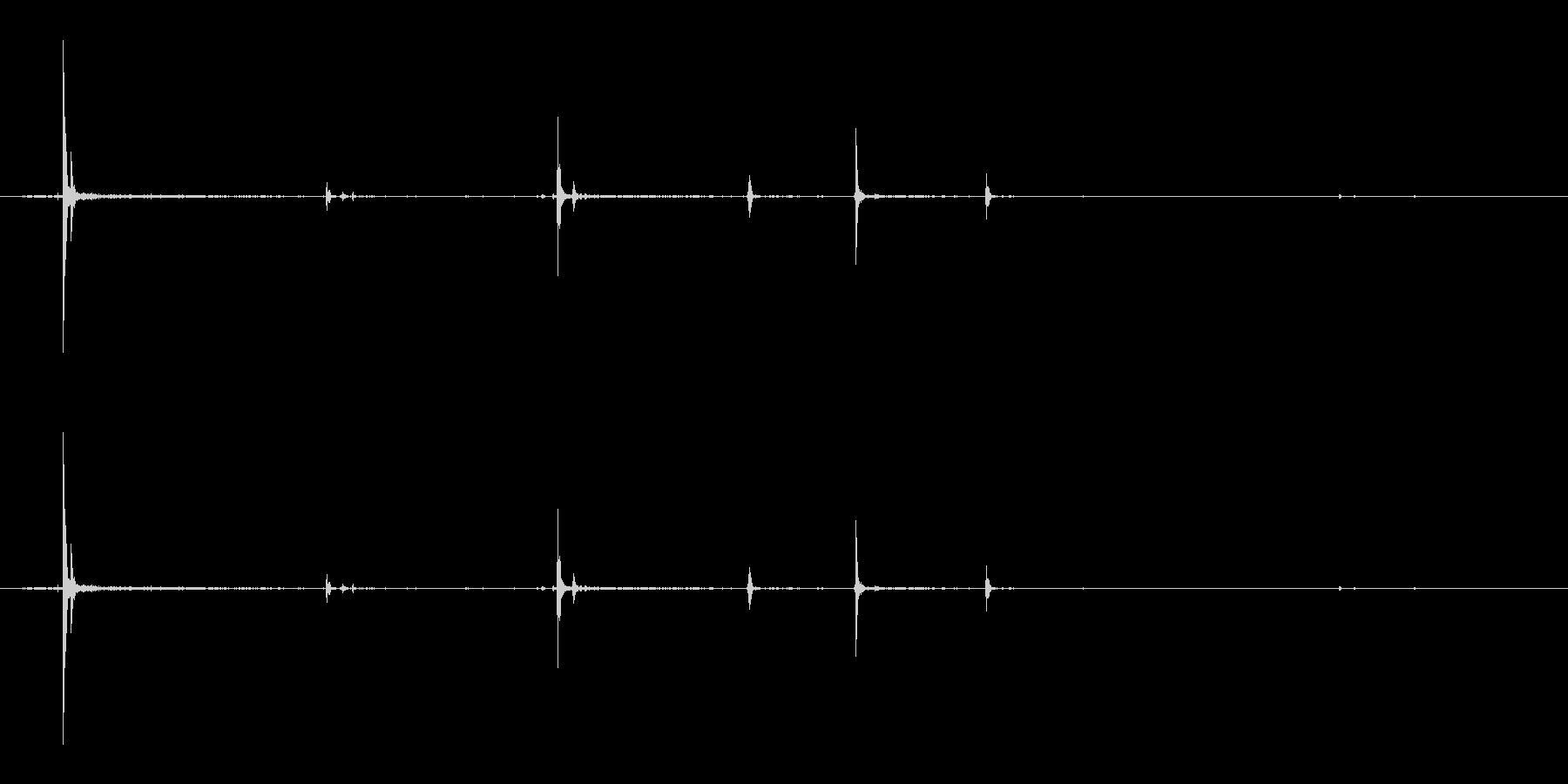 ピキピキッ(ヒビ/卵/孵化)の未再生の波形