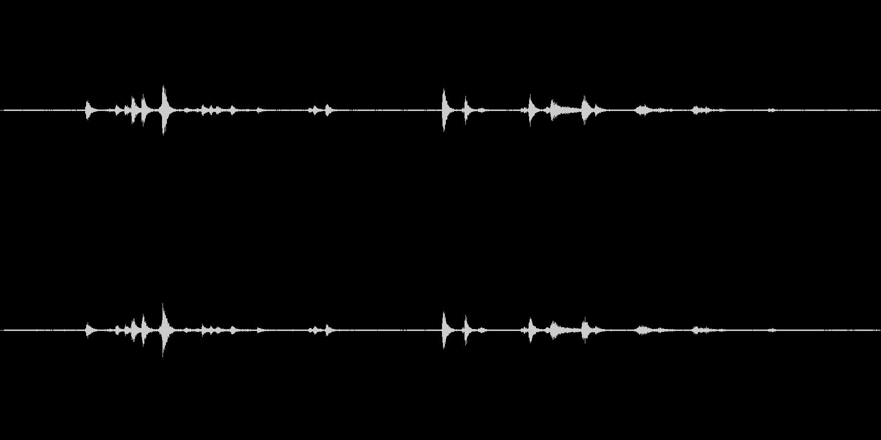 食器(ガラス製)の音ですの未再生の波形