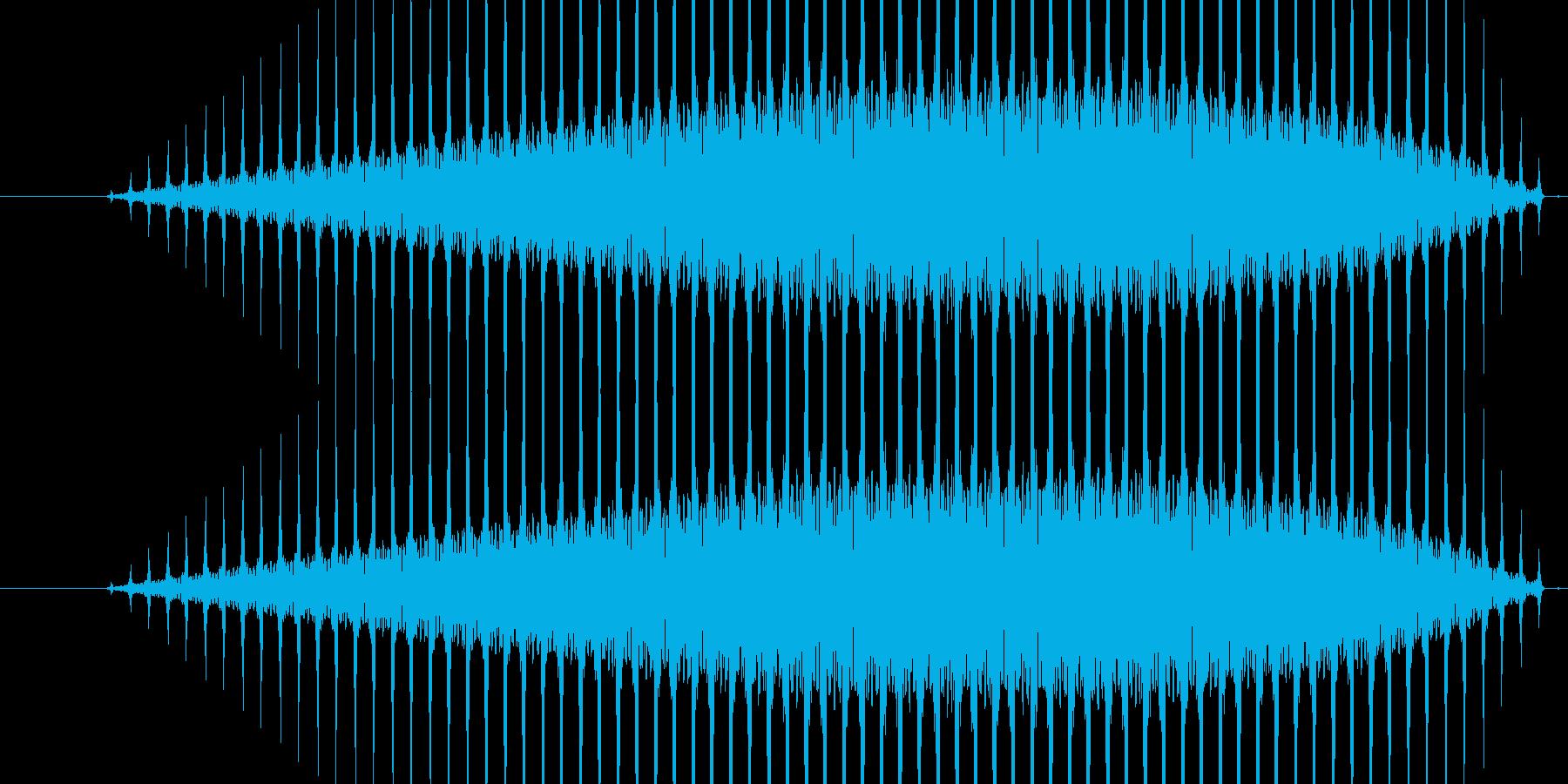 ヘリコプターが飛ぶ音の再生済みの波形