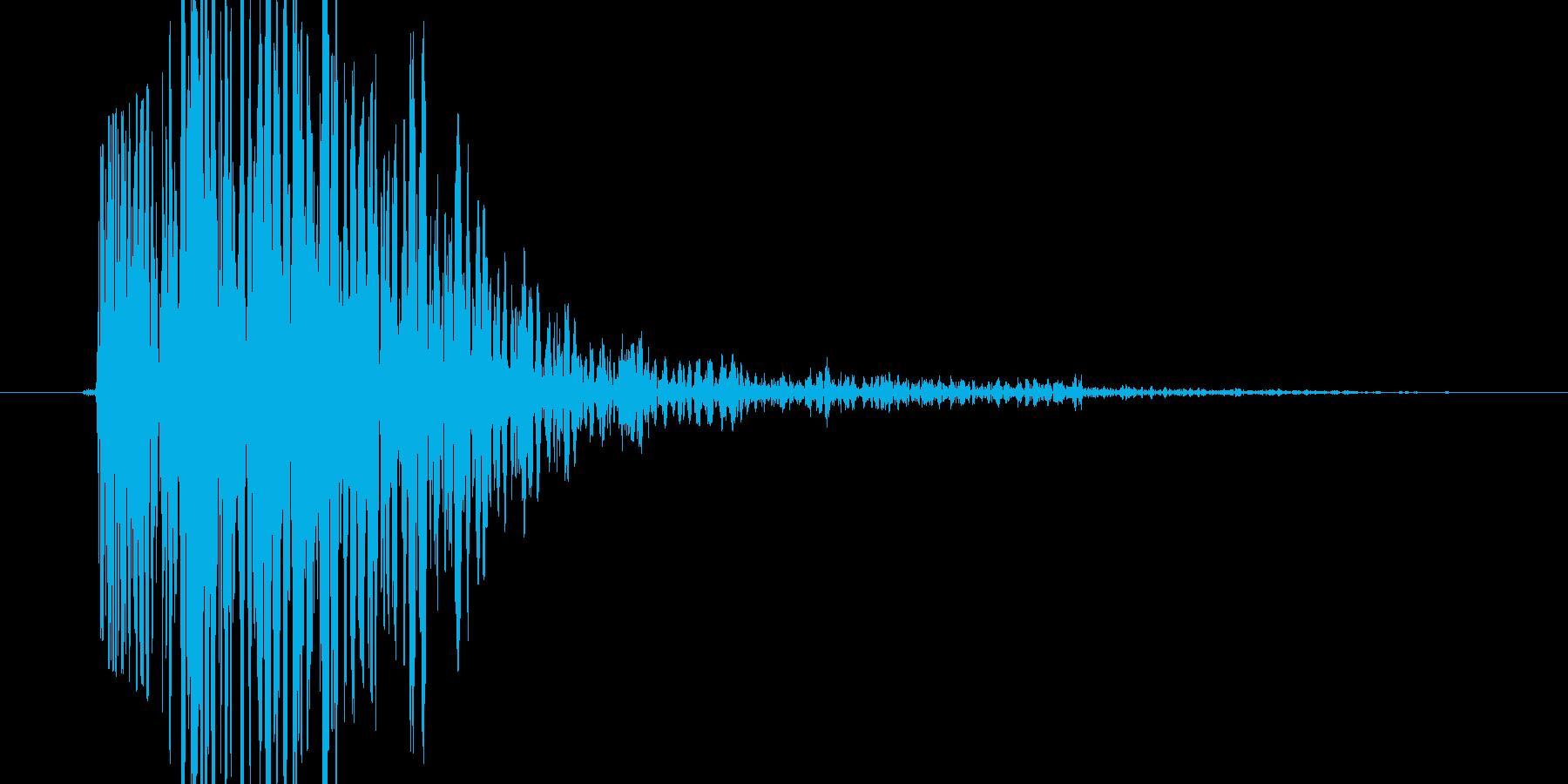ガシッ(何かに思い切り掴まる音)の再生済みの波形