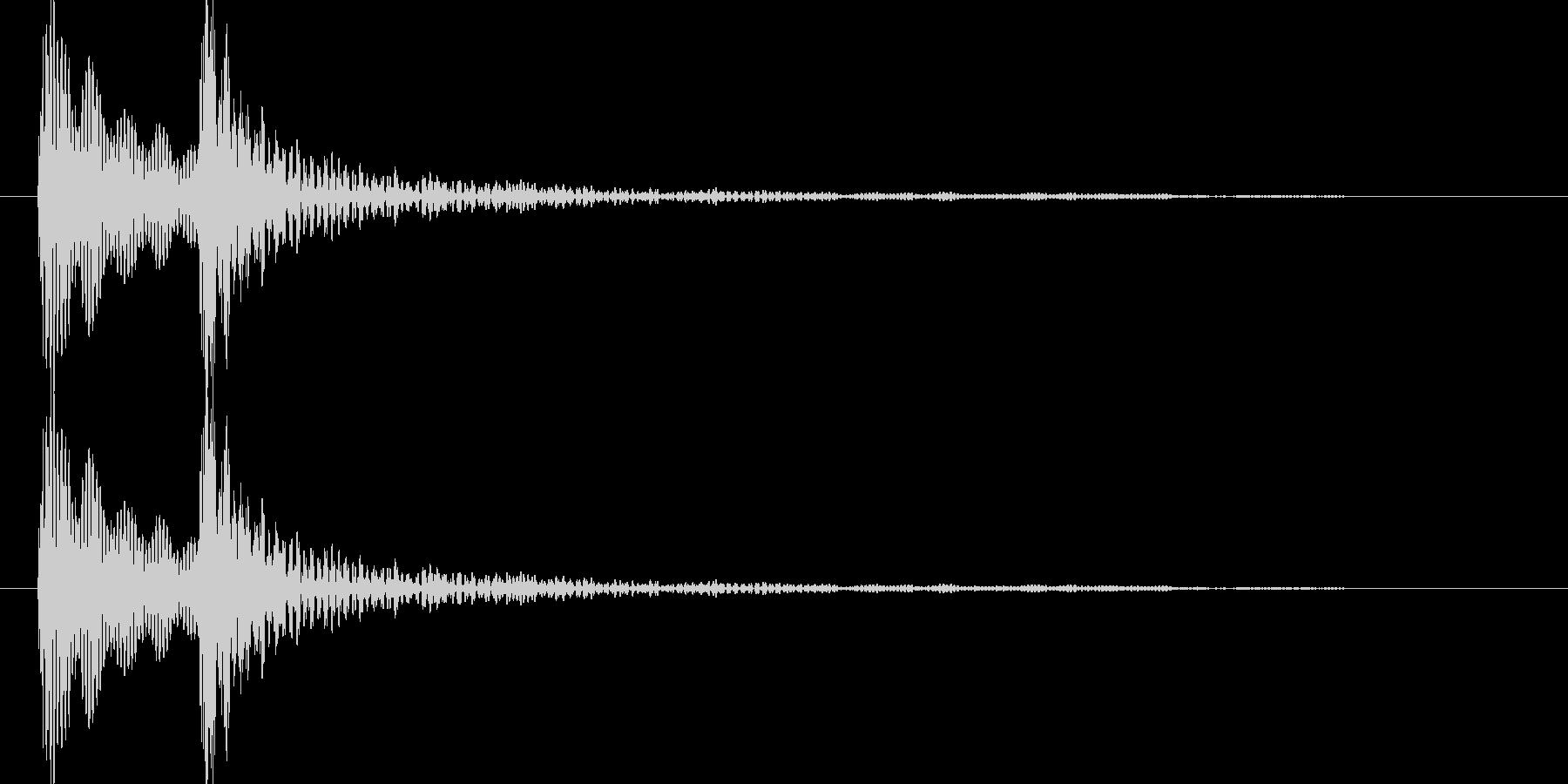 ポコ(ポコン)汎用的なクリック音(低音)の未再生の波形
