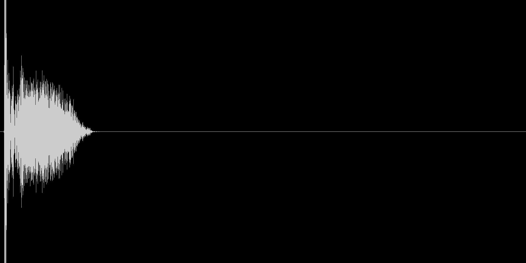 バシッ(ゲーム系のパンチ音)の未再生の波形
