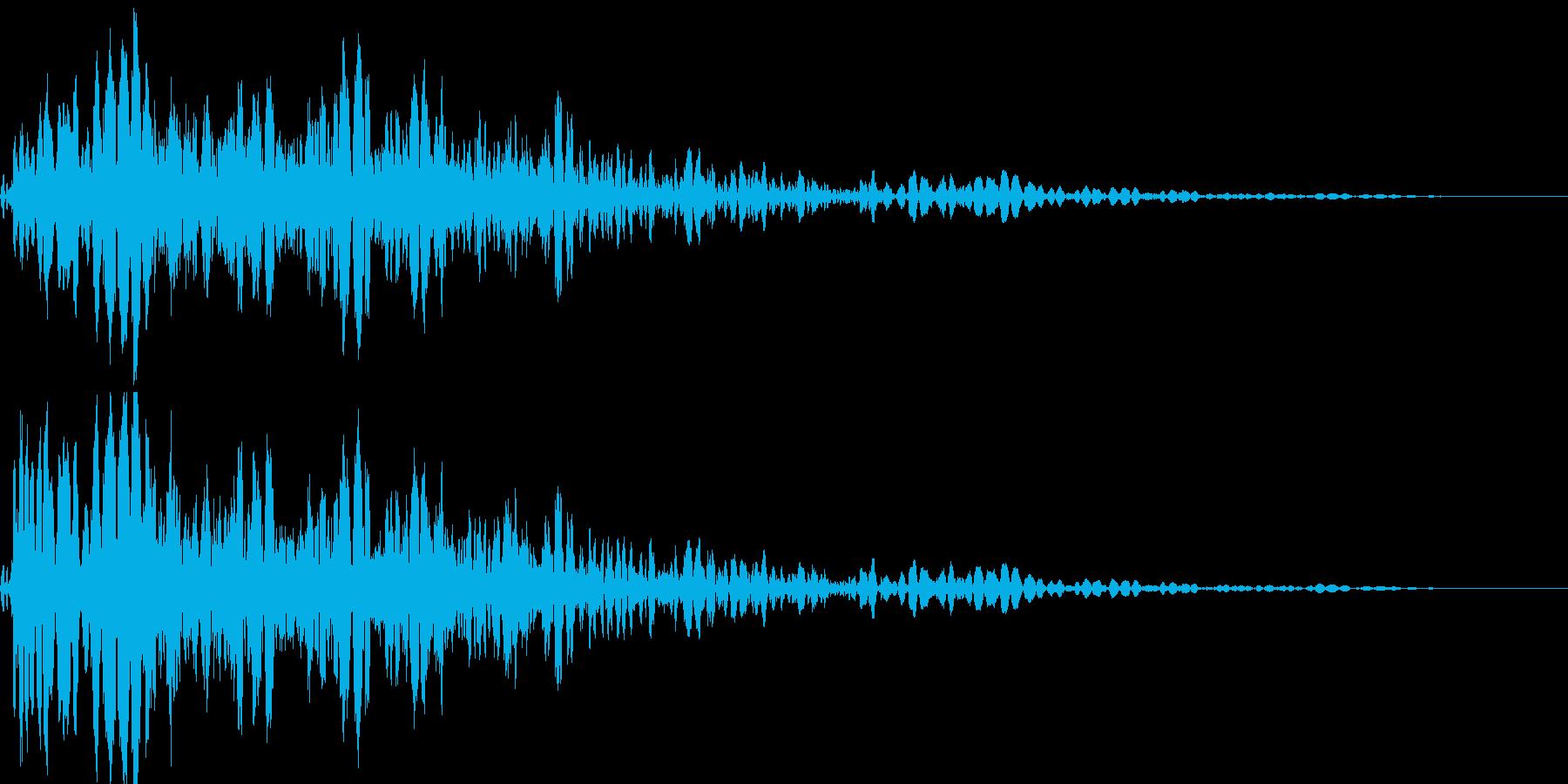 戦車や車などの被弾、衝突、効果音 01の再生済みの波形