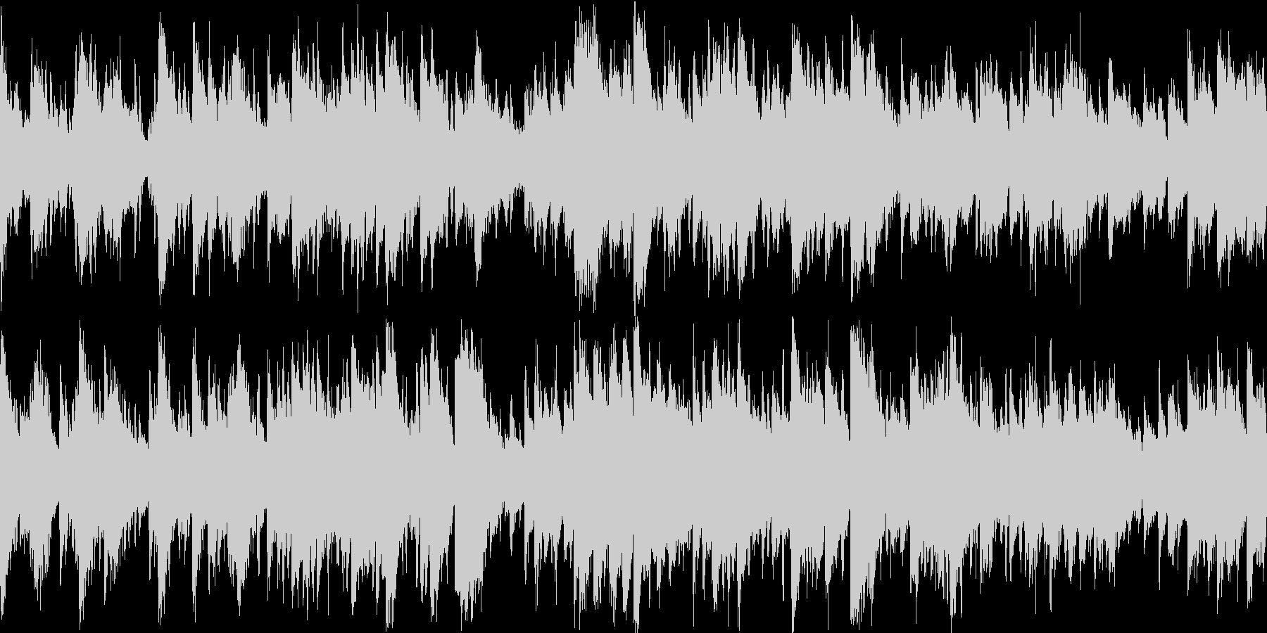クラップを基調とし、変奏させたテクノの未再生の波形