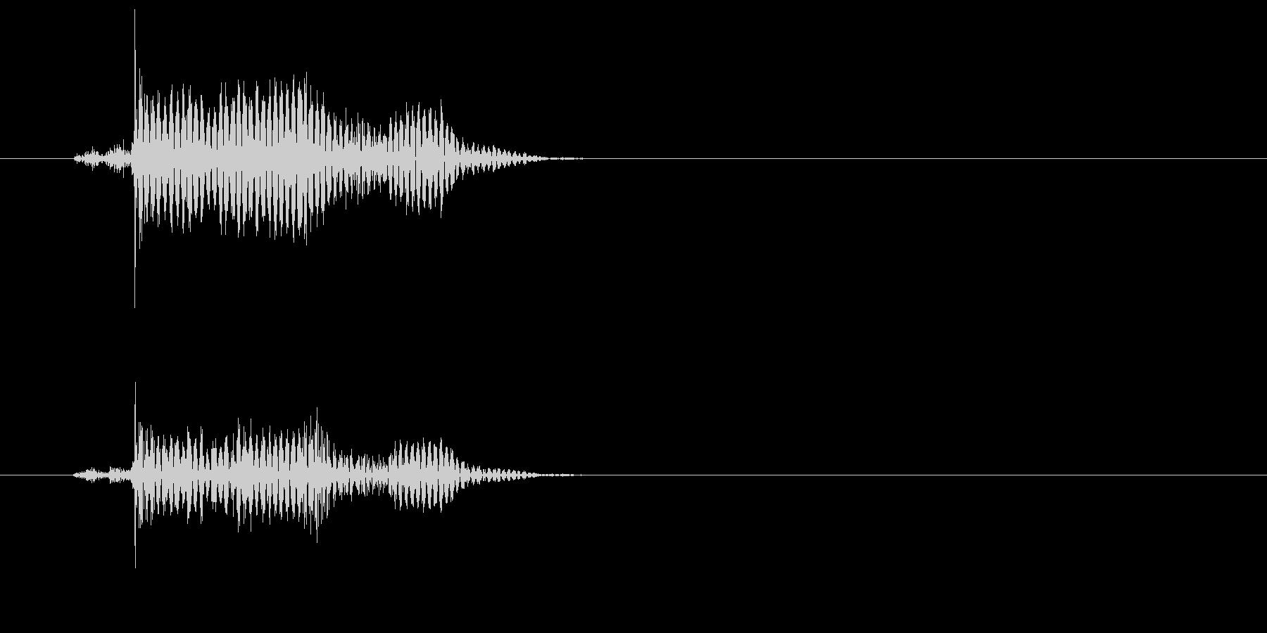 カコッ(マウスクリックを表現する効果音)の未再生の波形