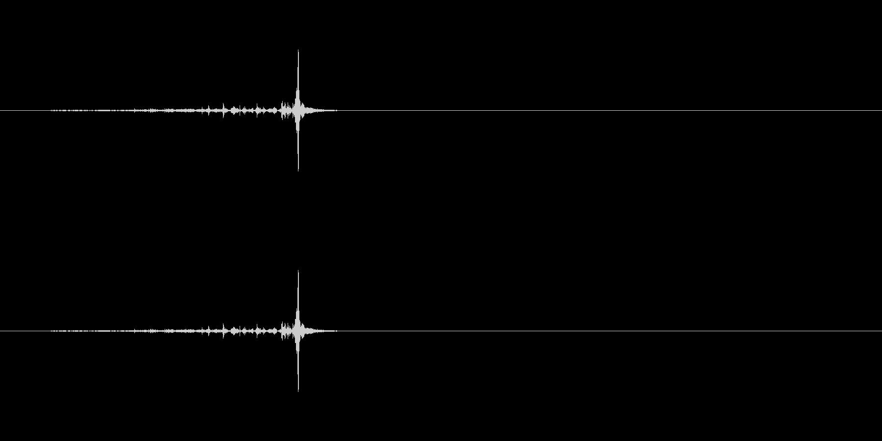 【ハサミ02-2(紙を切る)】の未再生の波形