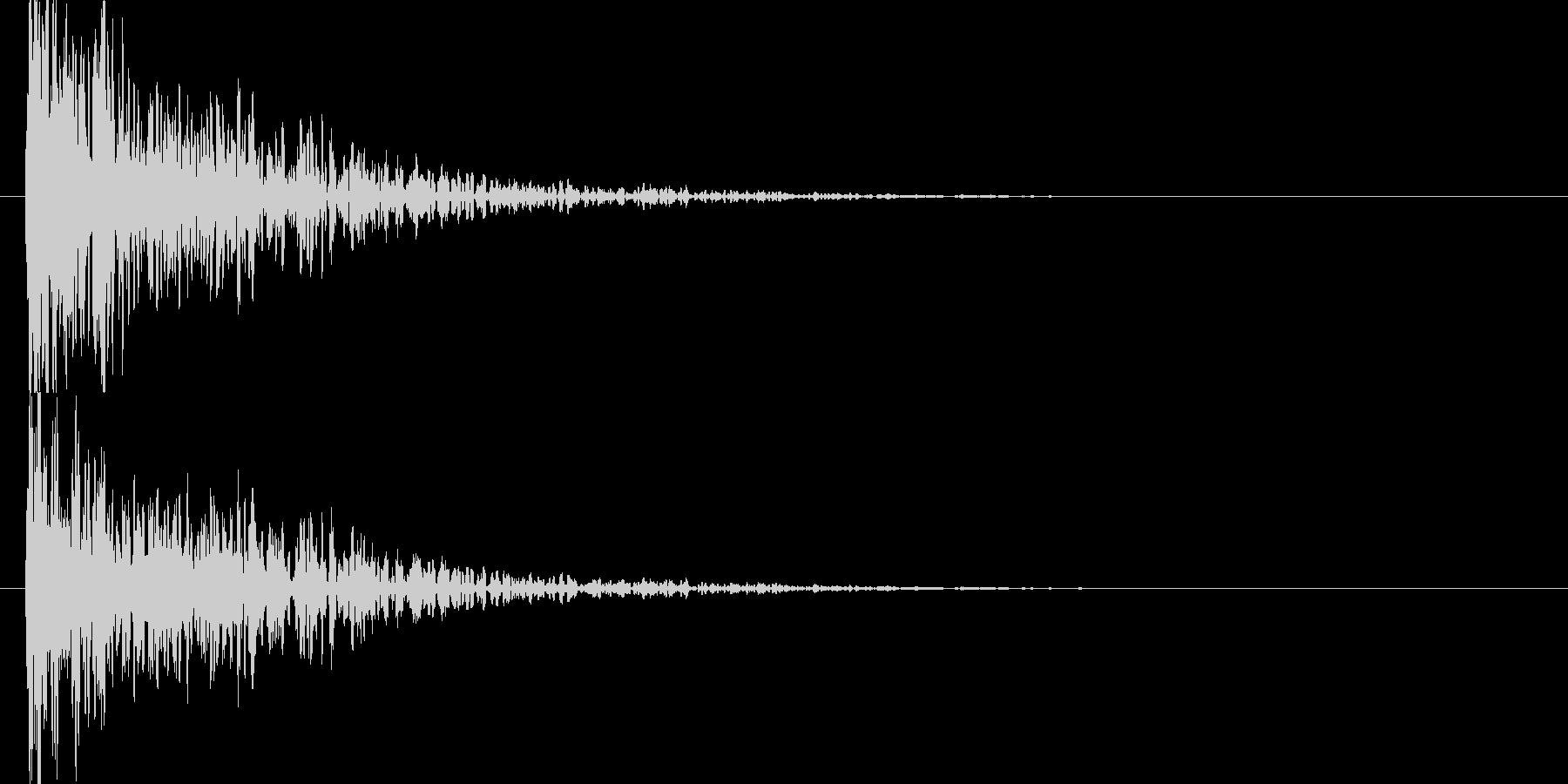 高音の混ざった衝突音の未再生の波形