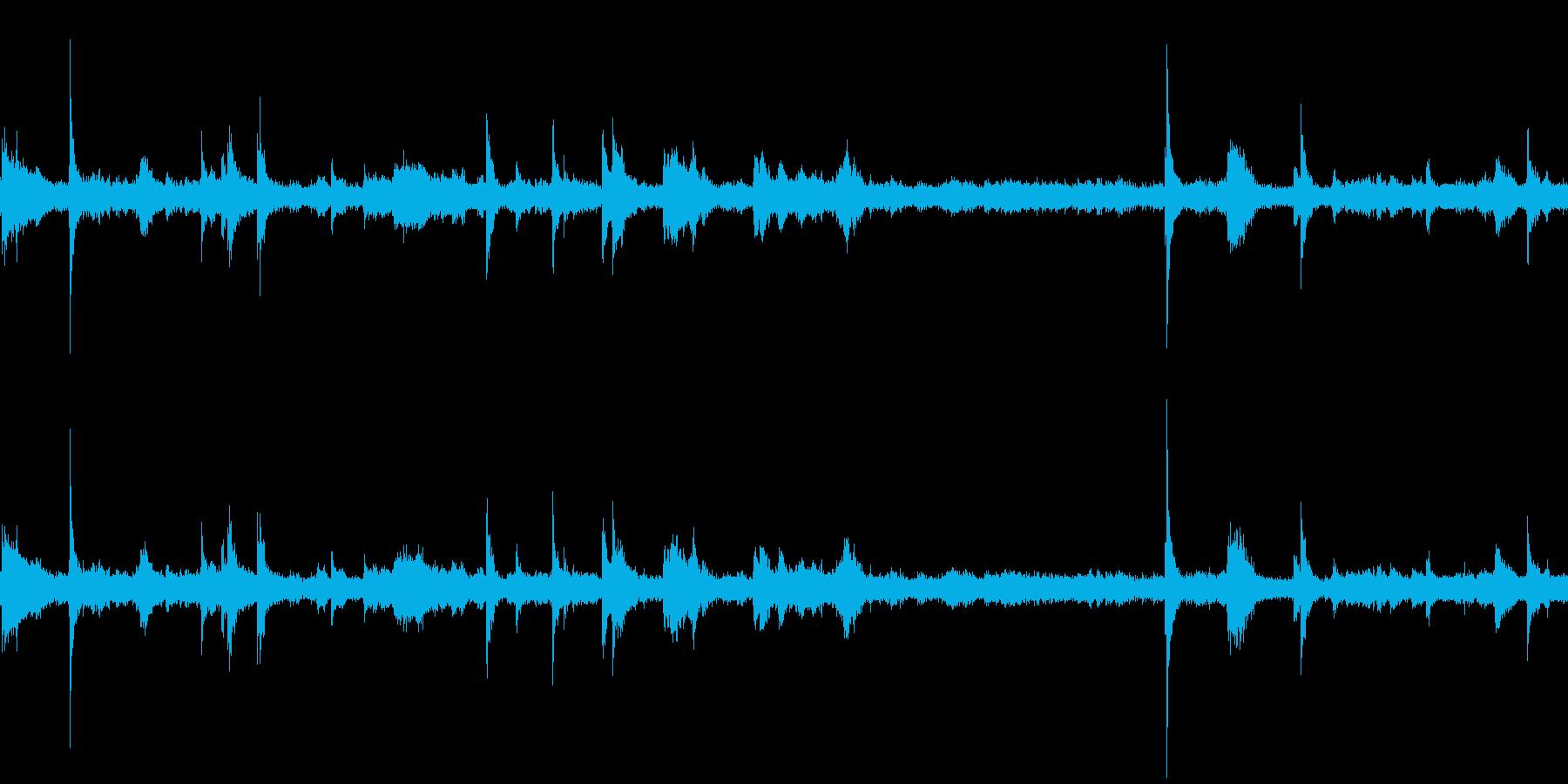 ボウリング場(環境音)の再生済みの波形