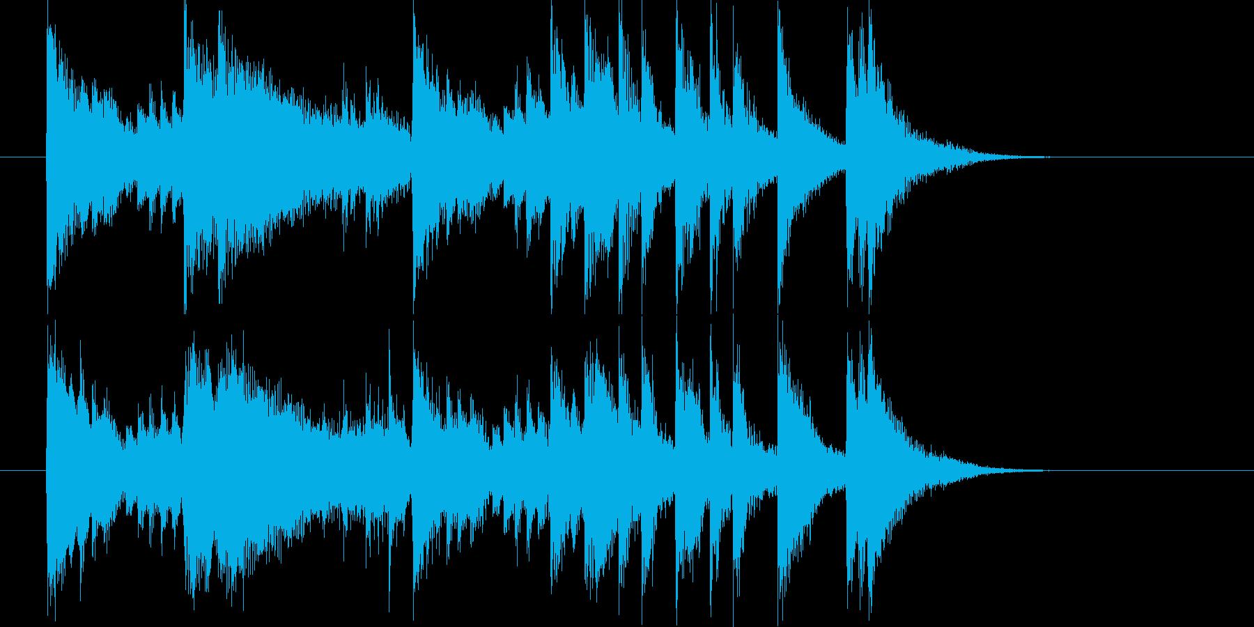 メロディアスで軽快なピアノジングルの再生済みの波形