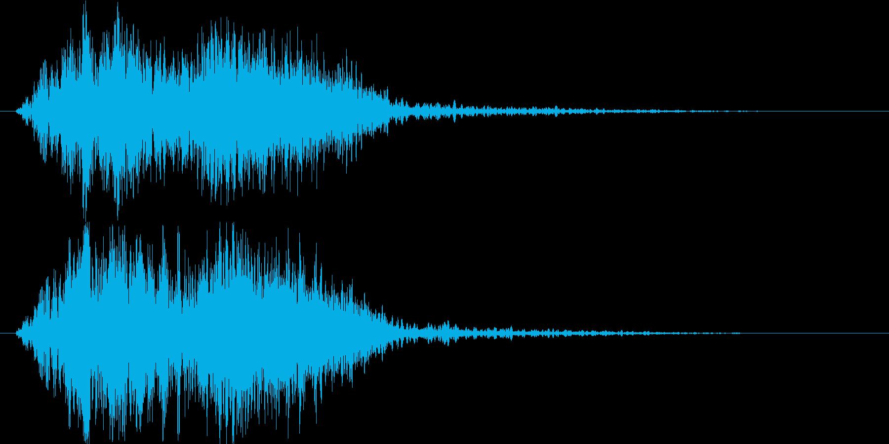 「ギュイーン」「工場」「ロボット」の再生済みの波形
