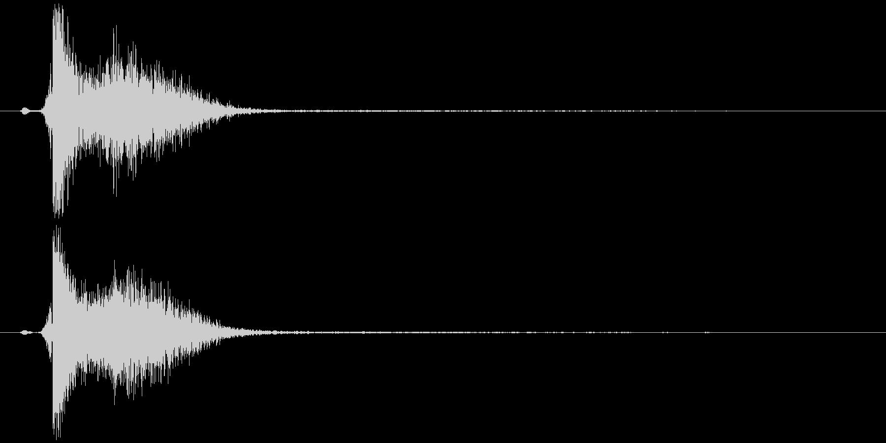 弓矢を放つ (弓が刺さる)の未再生の波形