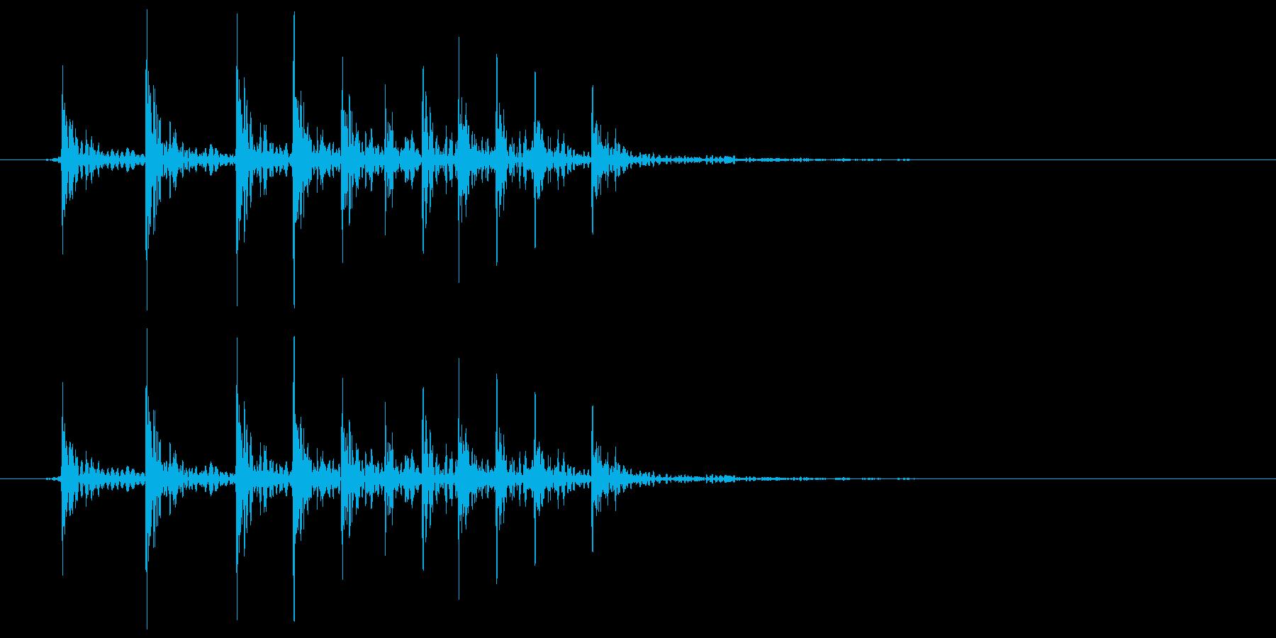 床がきしむ(軋む) ギィィの再生済みの波形