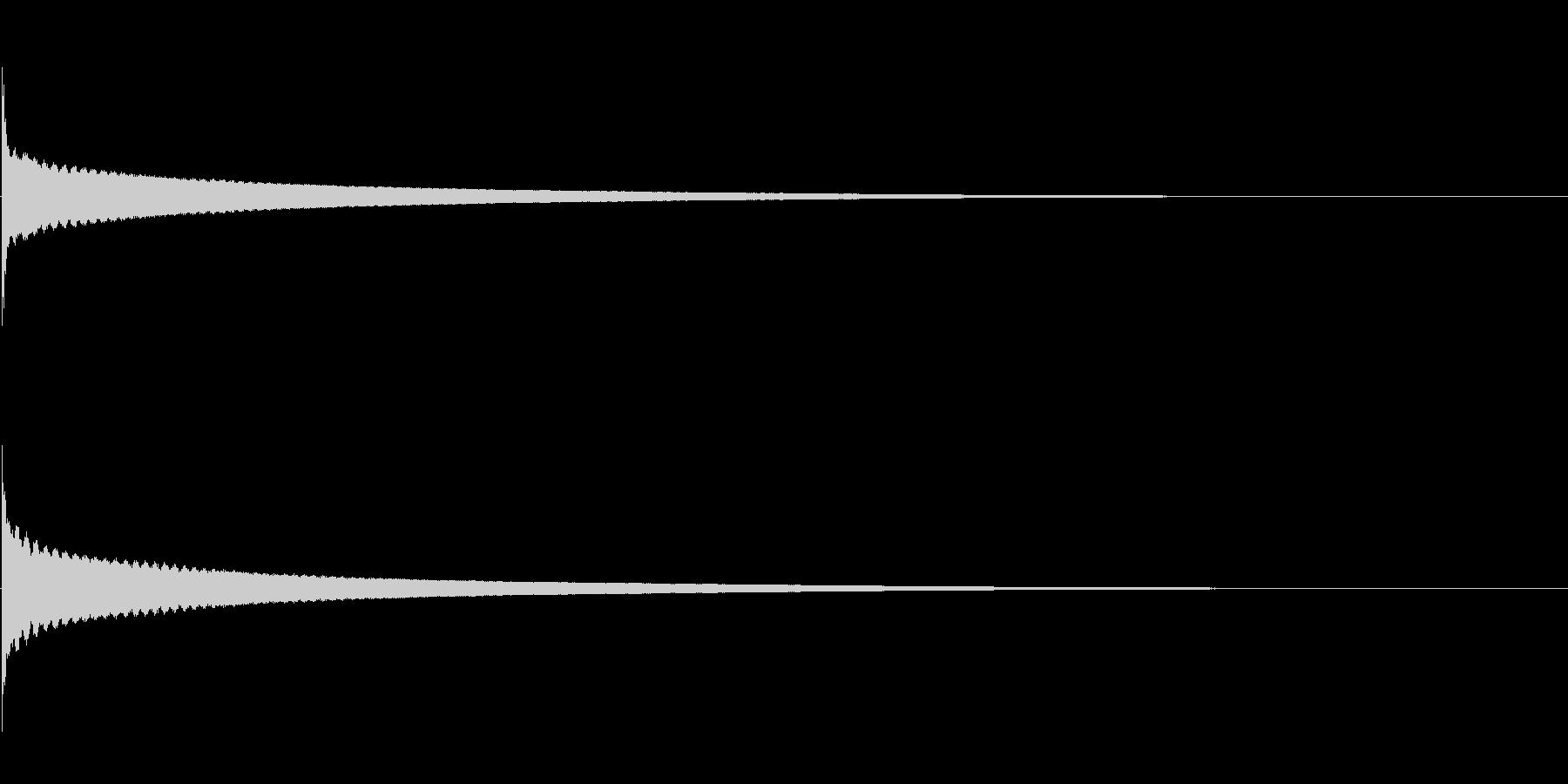 """「コーン」和物打楽器の""""きん""""の単発音の未再生の波形"""