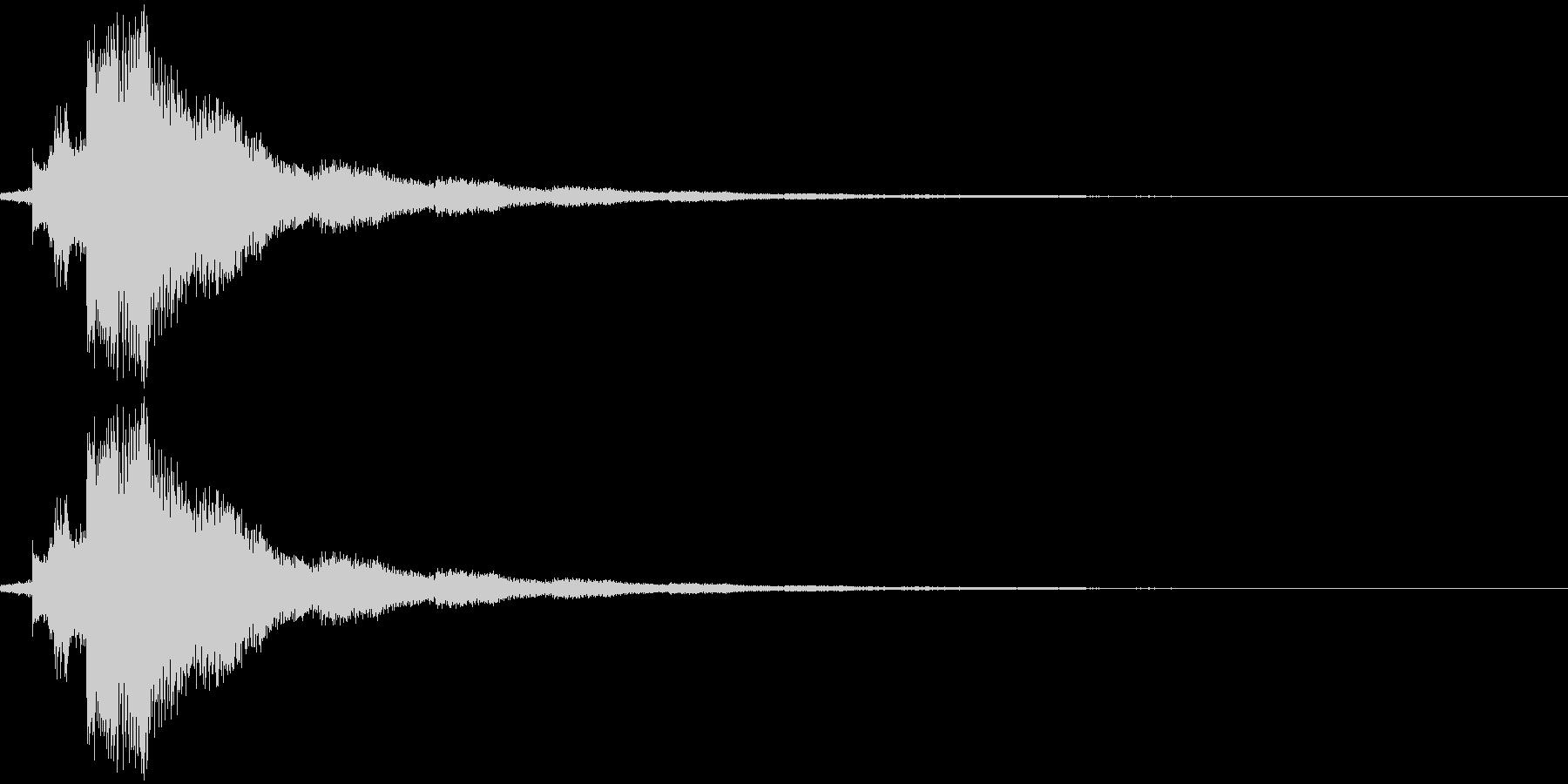 場面切り替え(シンバル+チャイム)の未再生の波形