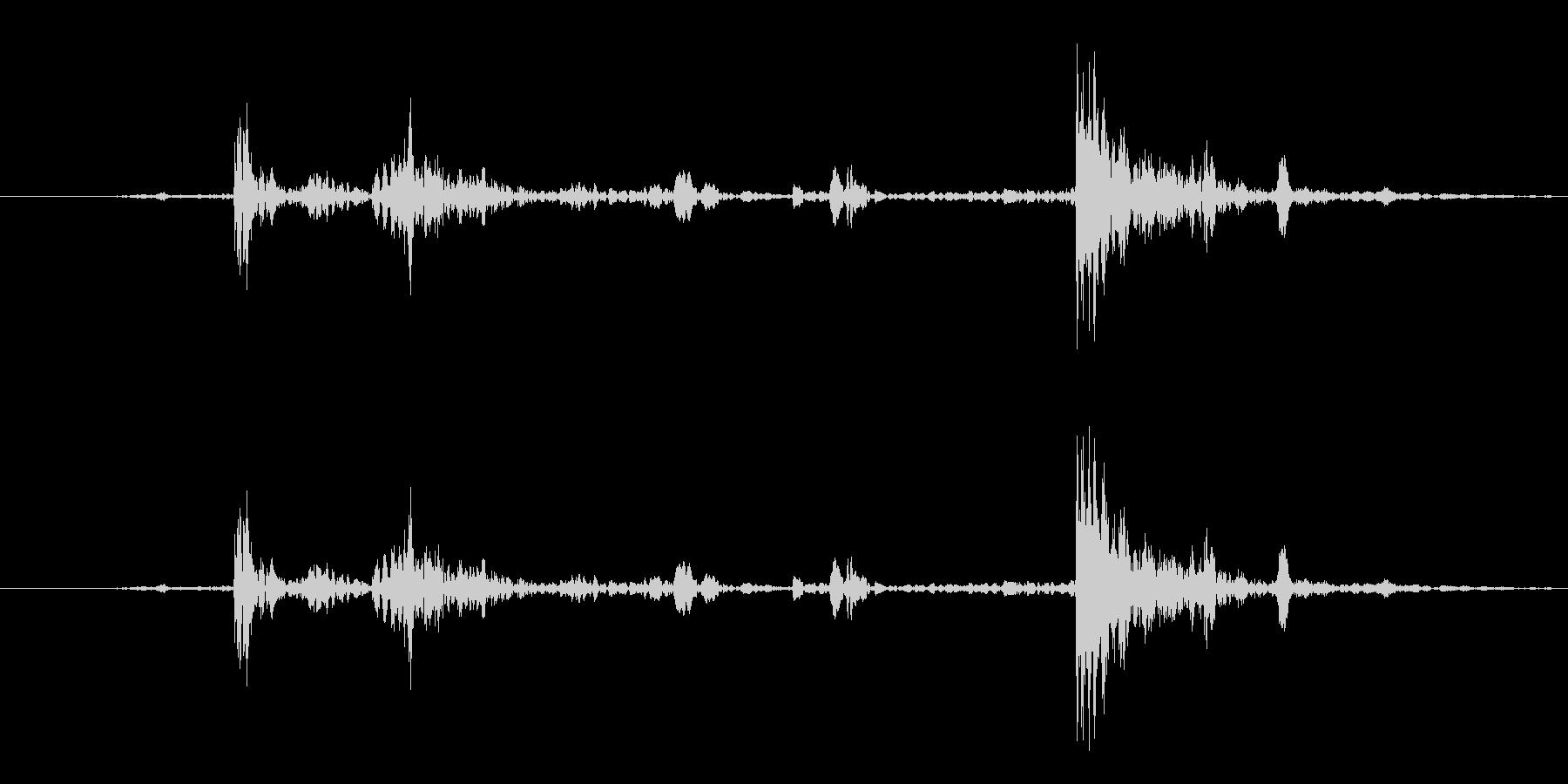 カチャ1(道具を出す)の未再生の波形