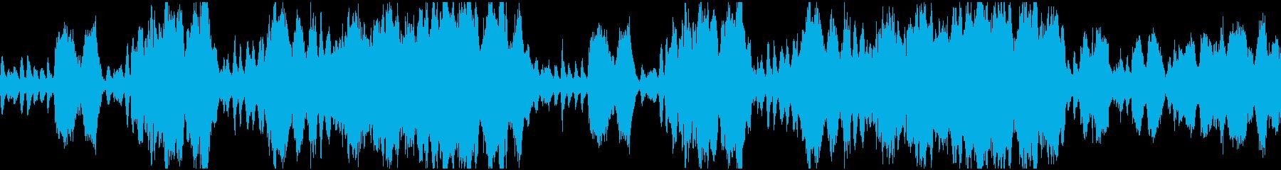軍隊が行進しているようなストリングス楽曲の再生済みの波形