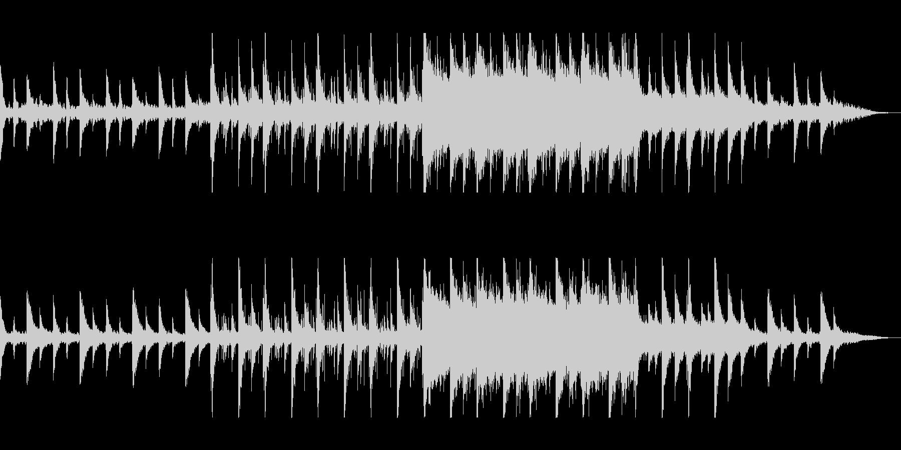 美しく滑らかなストリングのピアノ曲の未再生の波形