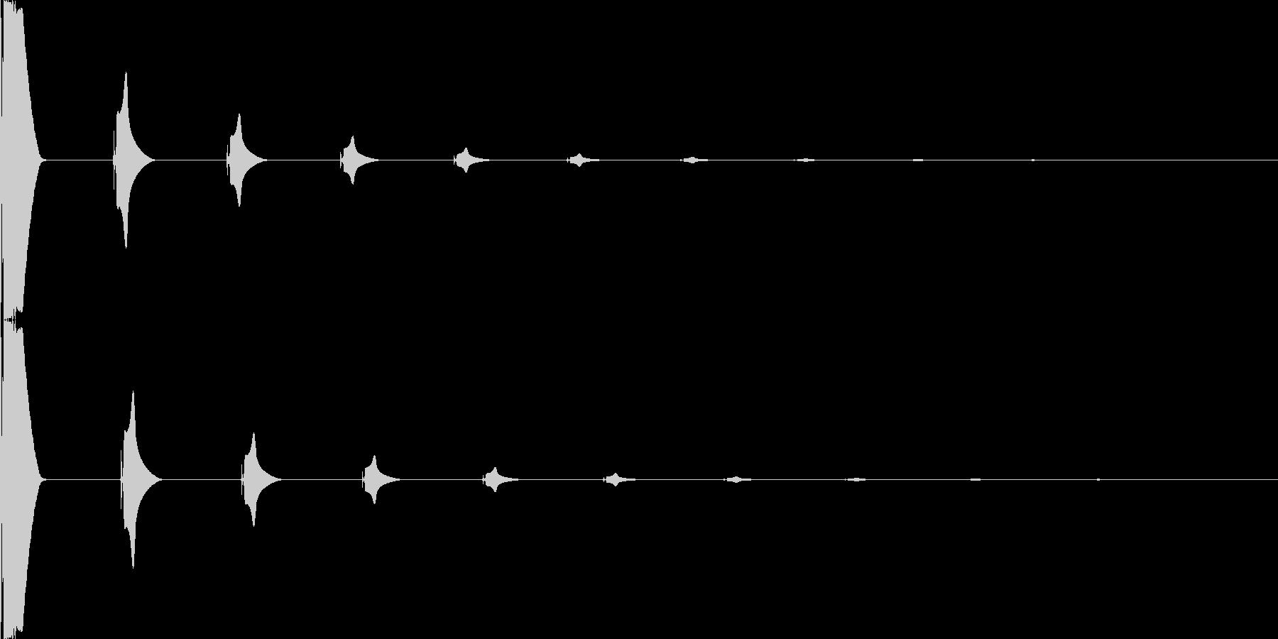ボタンを押した時の電子的音の未再生の波形